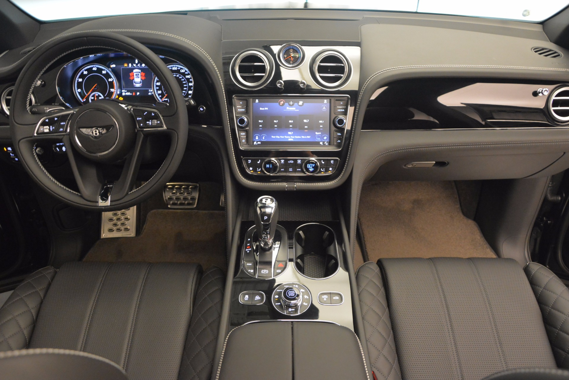 Used 2017 Bentley Bentayga  For Sale In Westport, CT 853_p47