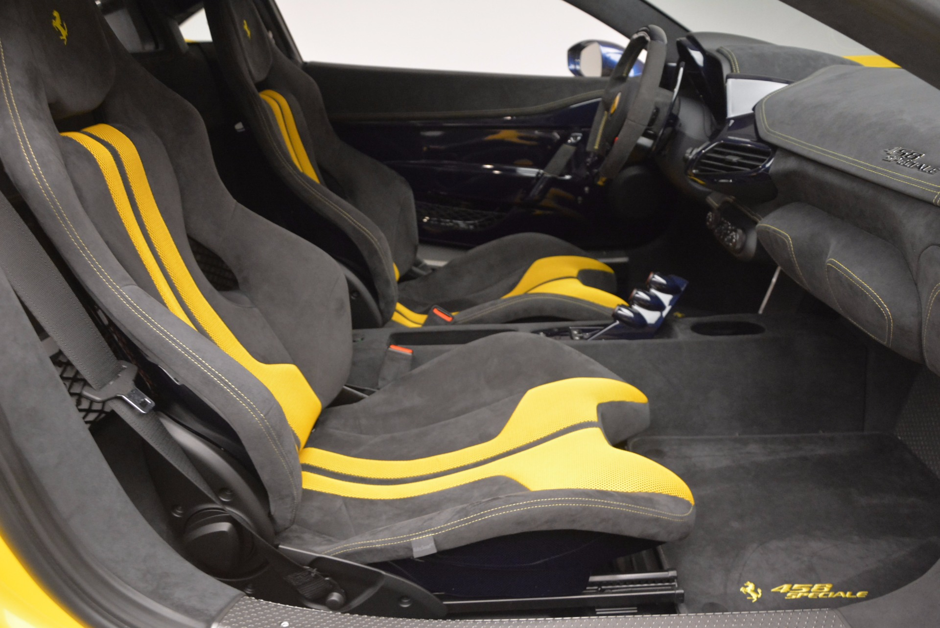 Used 2015 Ferrari 458 Speciale  For Sale In Westport, CT 857_p25