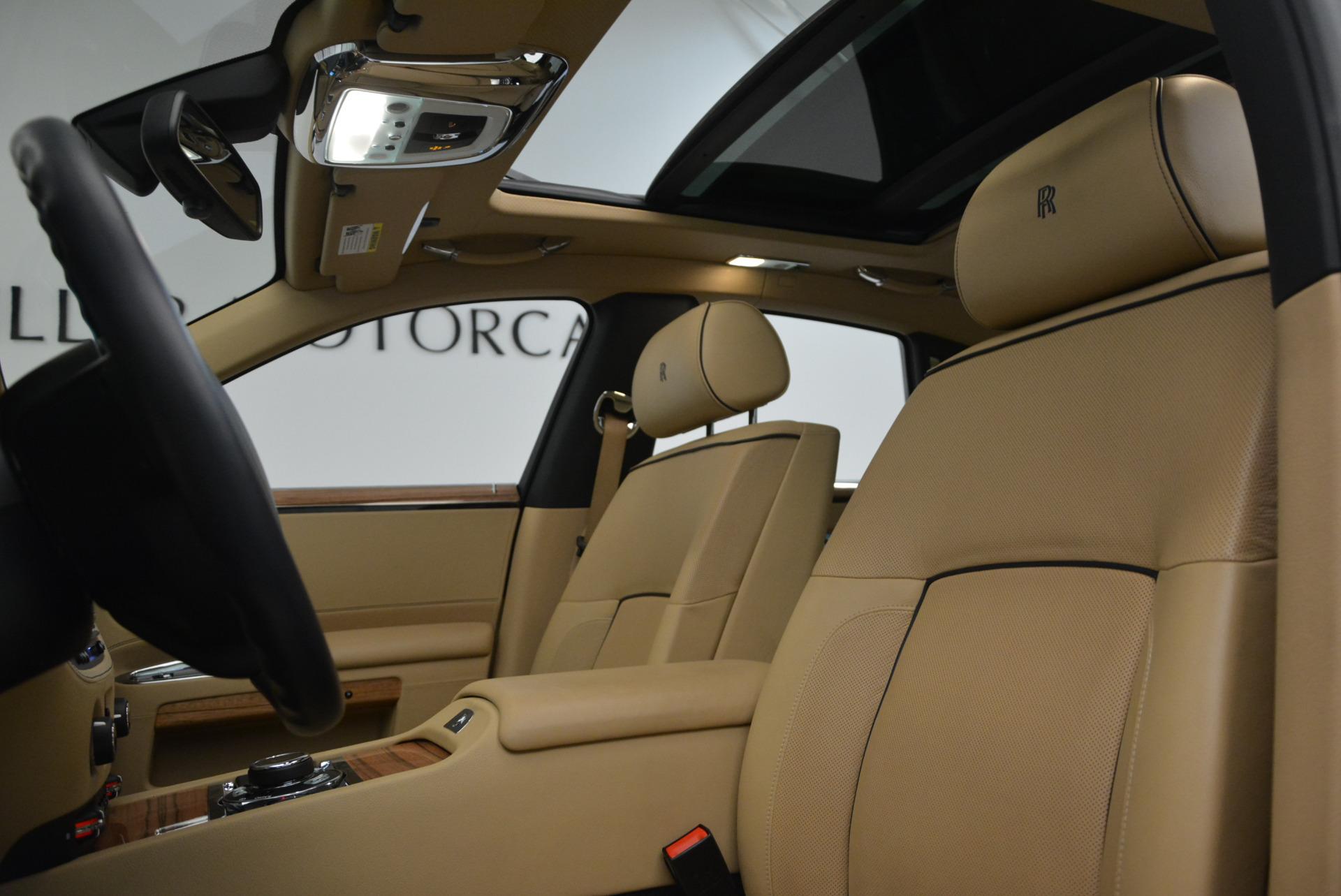 Used 2014 Rolls-Royce Ghost V-Spec For Sale In Westport, CT 858_p22