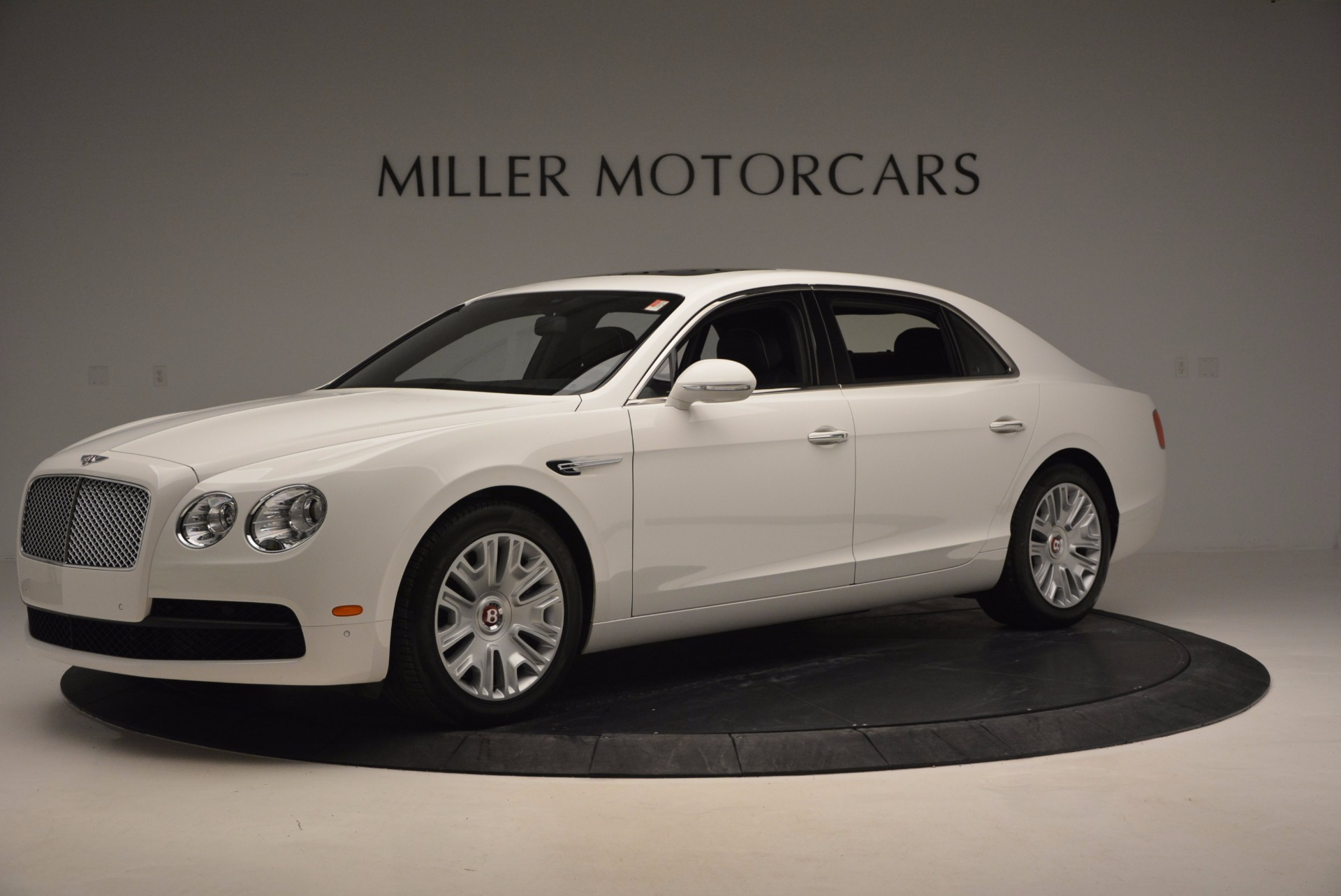Used 2016 Bentley Flying Spur V8 For Sale In Westport, CT 874_p2
