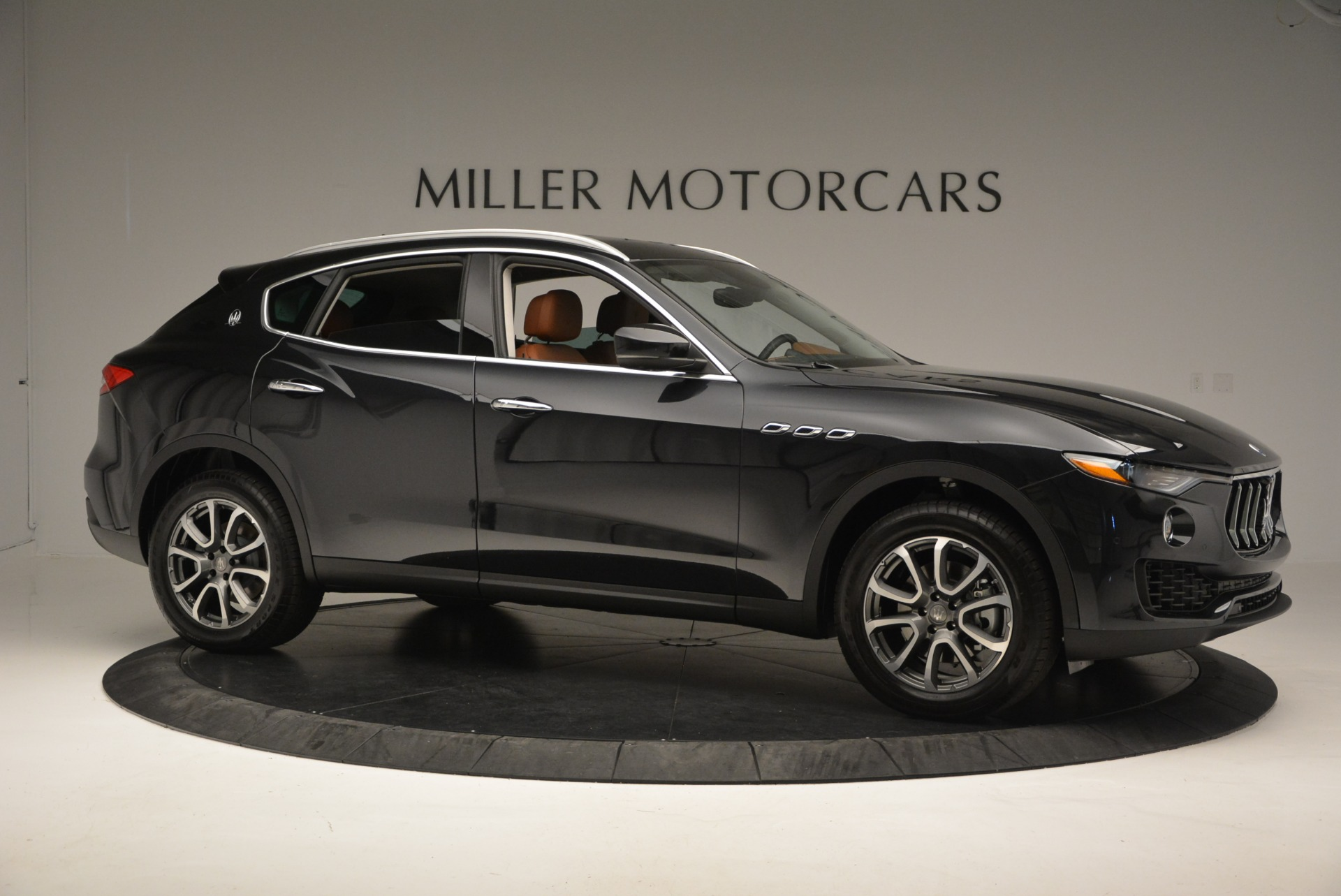New 2017 Maserati Levante  For Sale In Westport, CT 876_p10