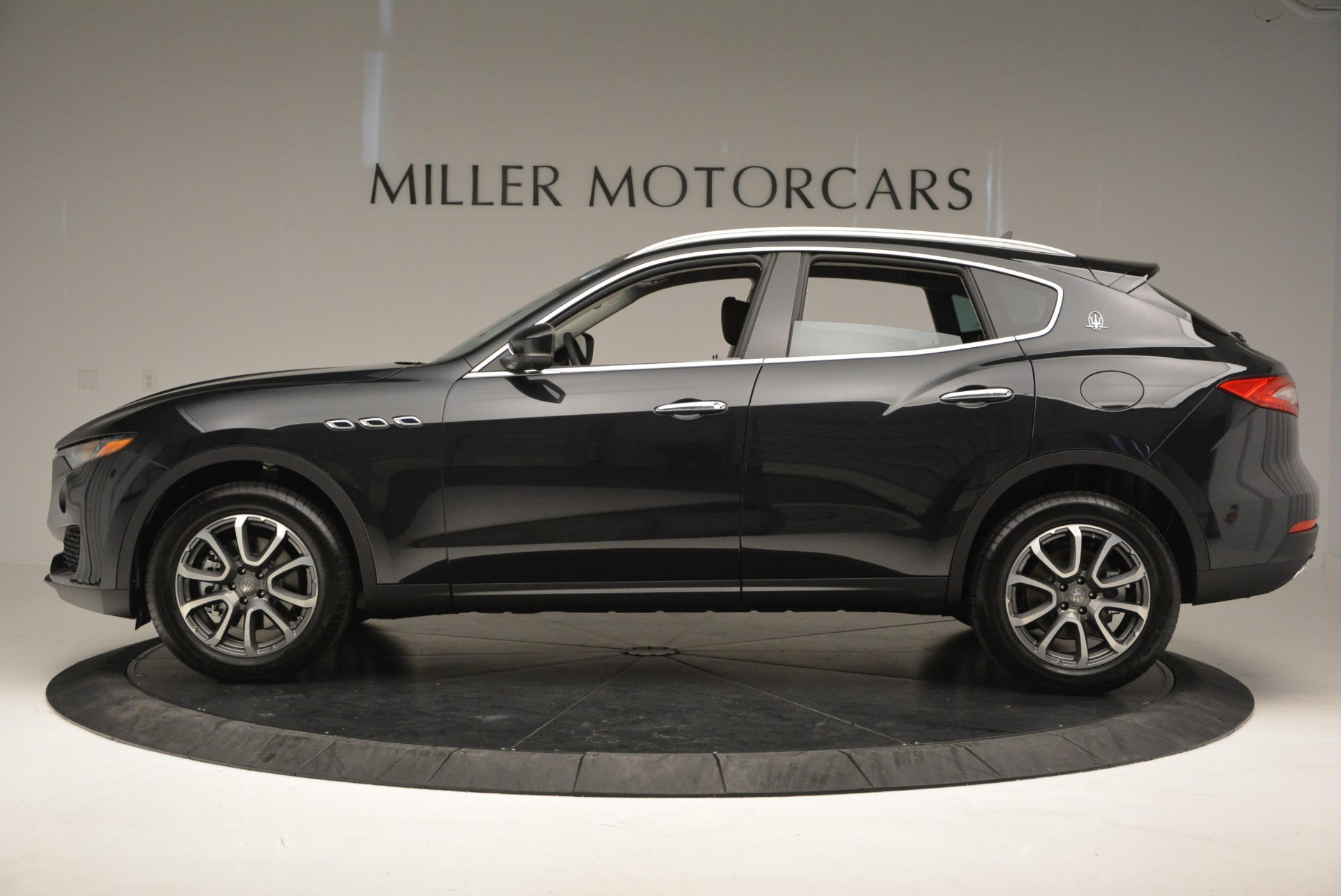 New 2017 Maserati Levante  For Sale In Westport, CT 876_p3