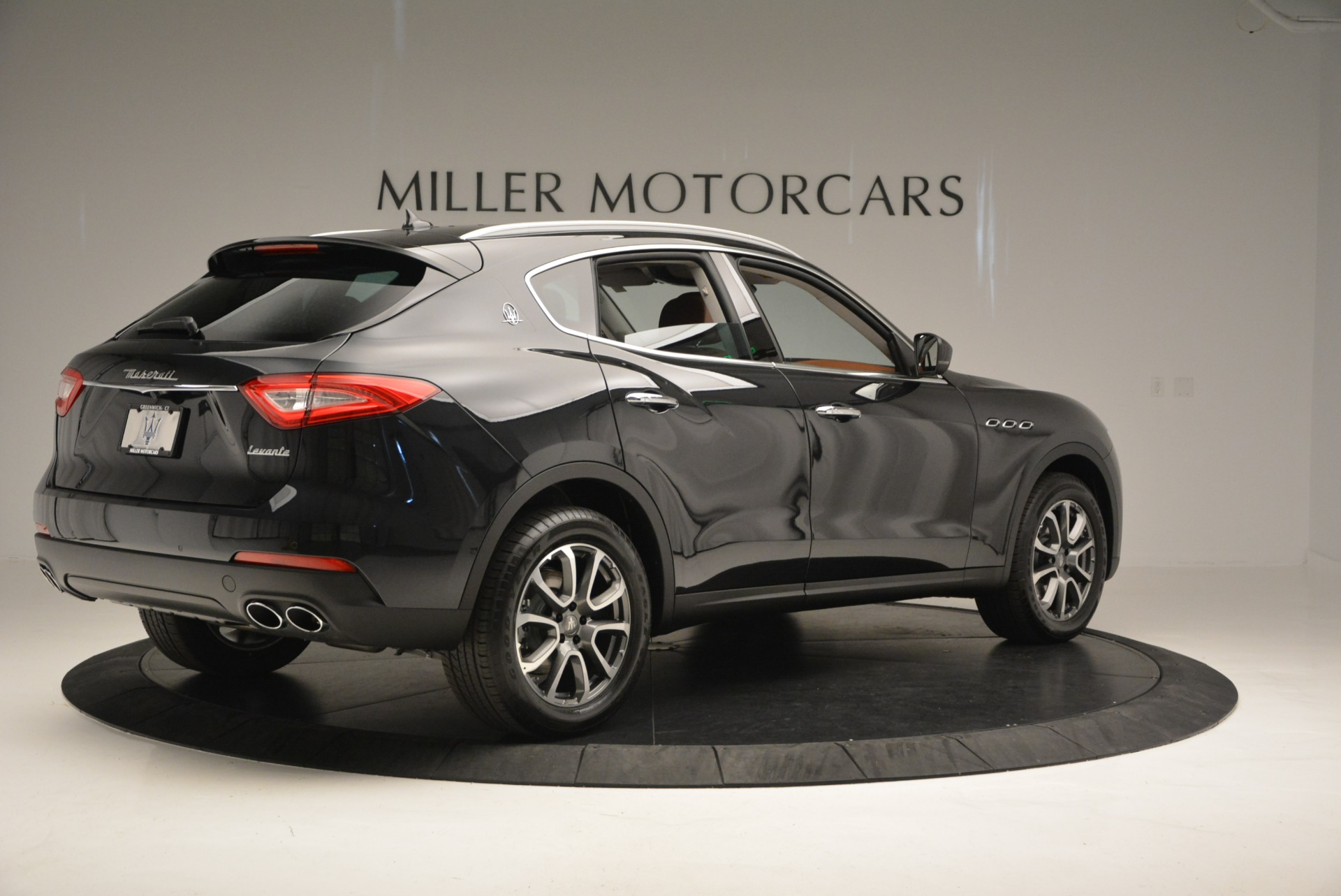 New 2017 Maserati Levante  For Sale In Westport, CT 876_p8