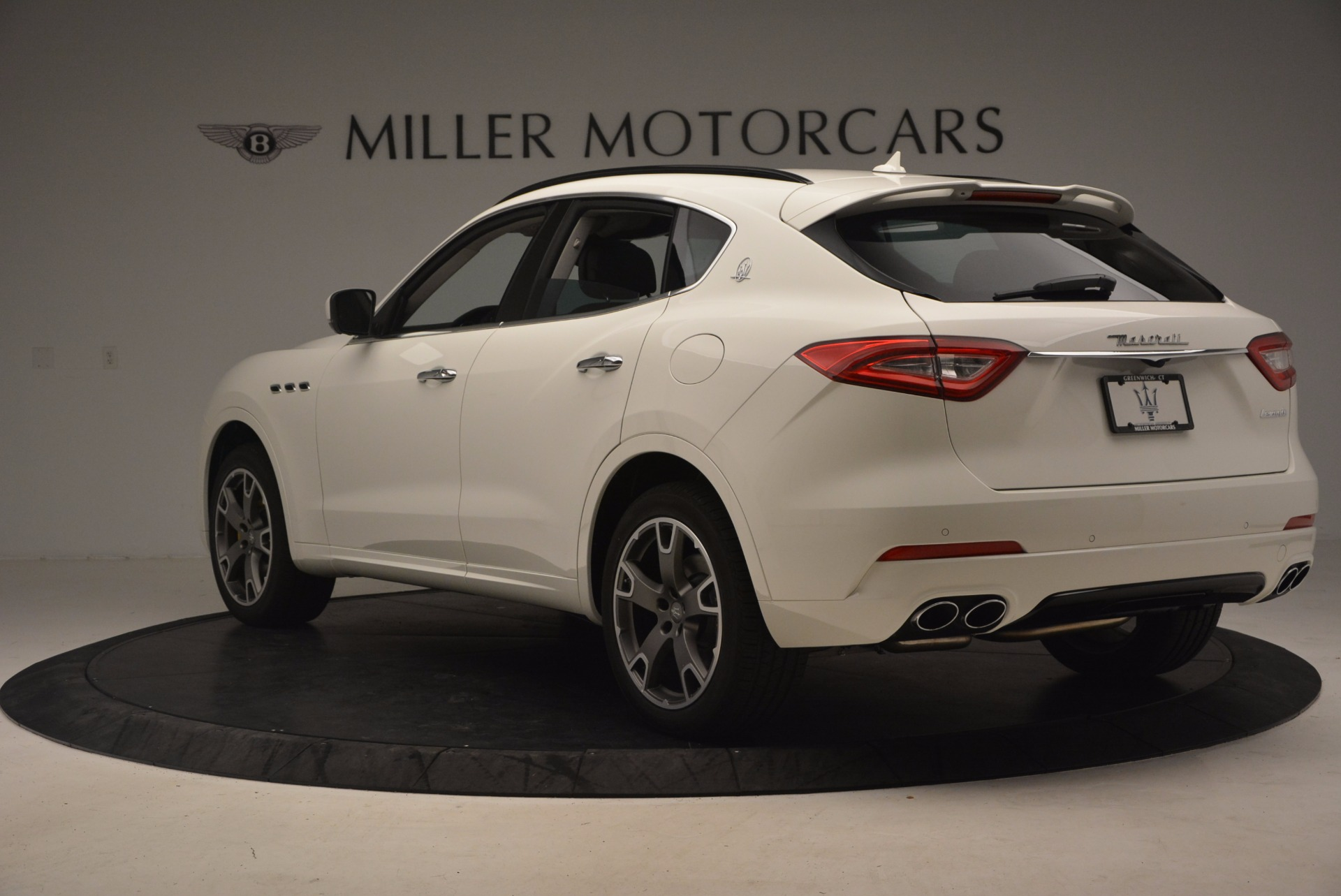 New 2017 Maserati Levante  For Sale In Westport, CT 880_p5
