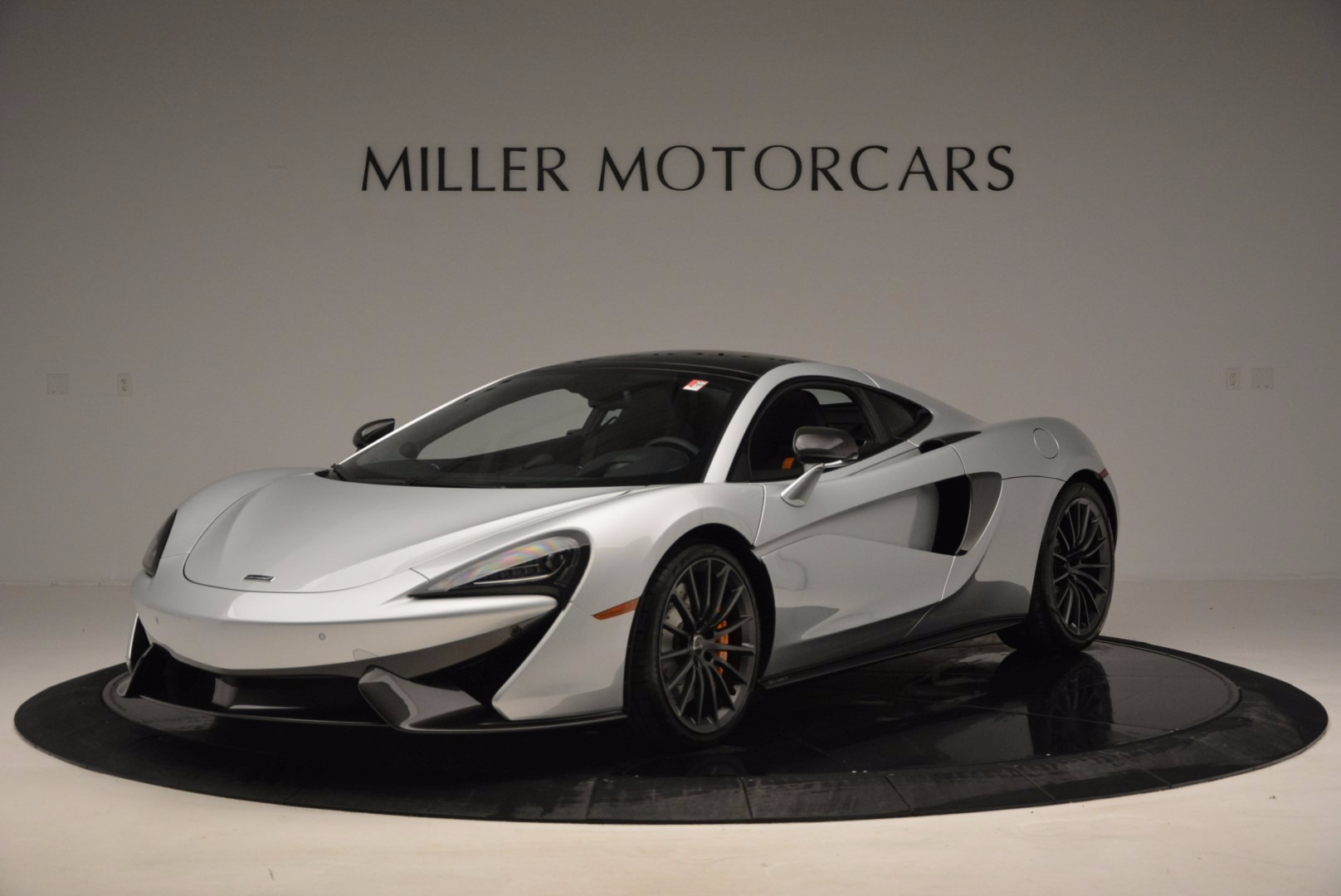 New 2017 McLaren 570GT  For Sale In Westport, CT 882_main