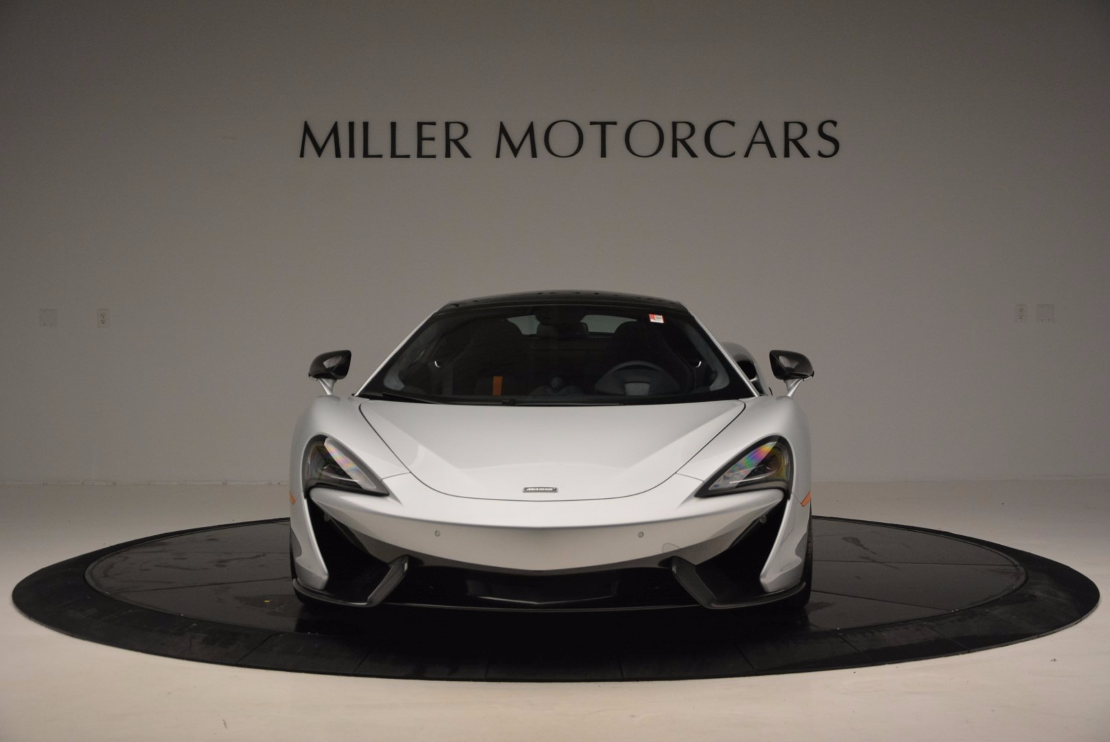 New 2017 McLaren 570GT  For Sale In Westport, CT 882_p12