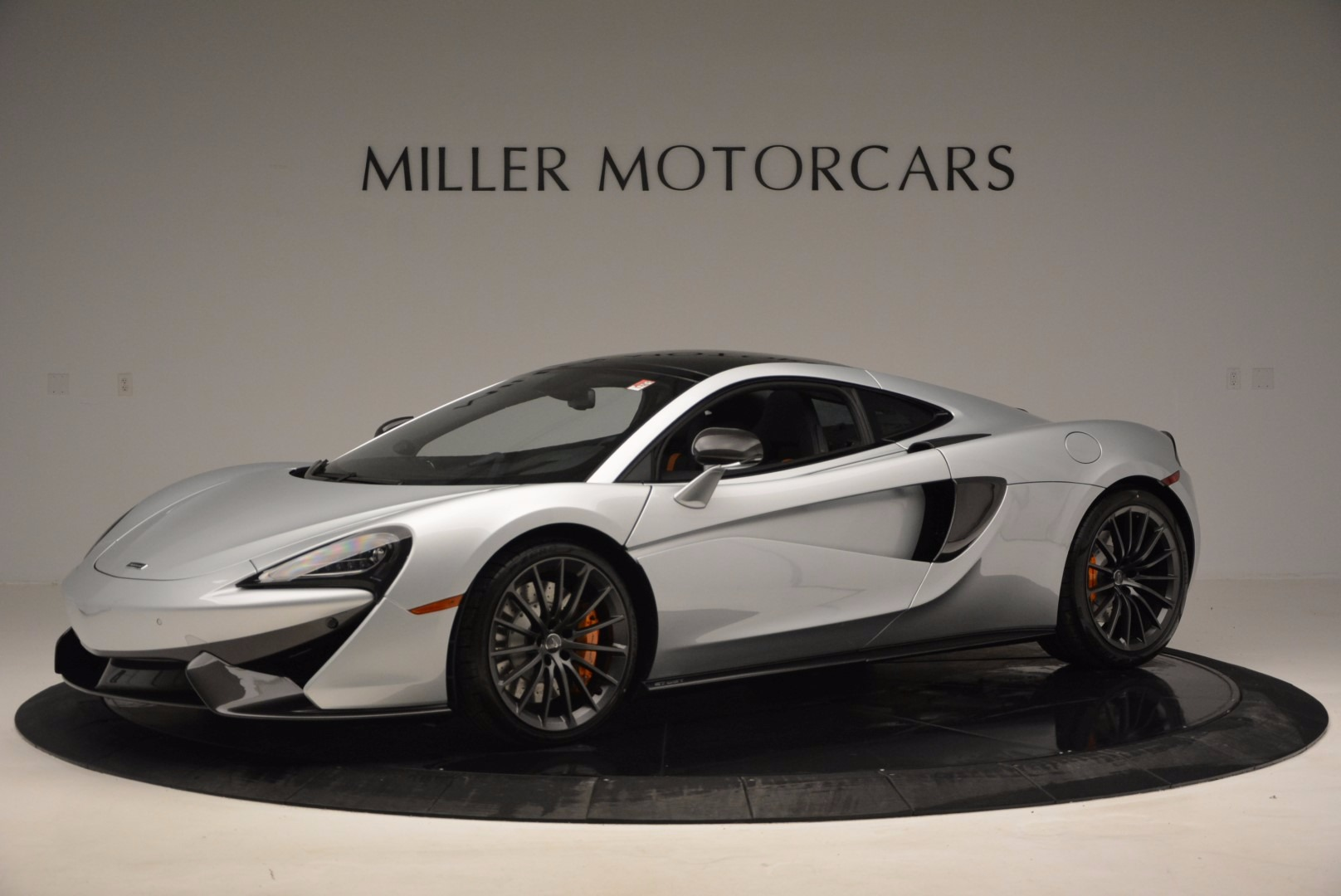 New 2017 McLaren 570GT  For Sale In Westport, CT 882_p2