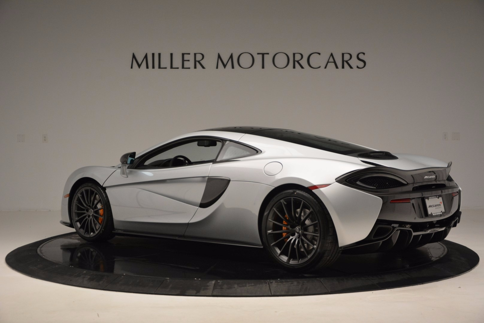 New 2017 McLaren 570GT  For Sale In Westport, CT 882_p4