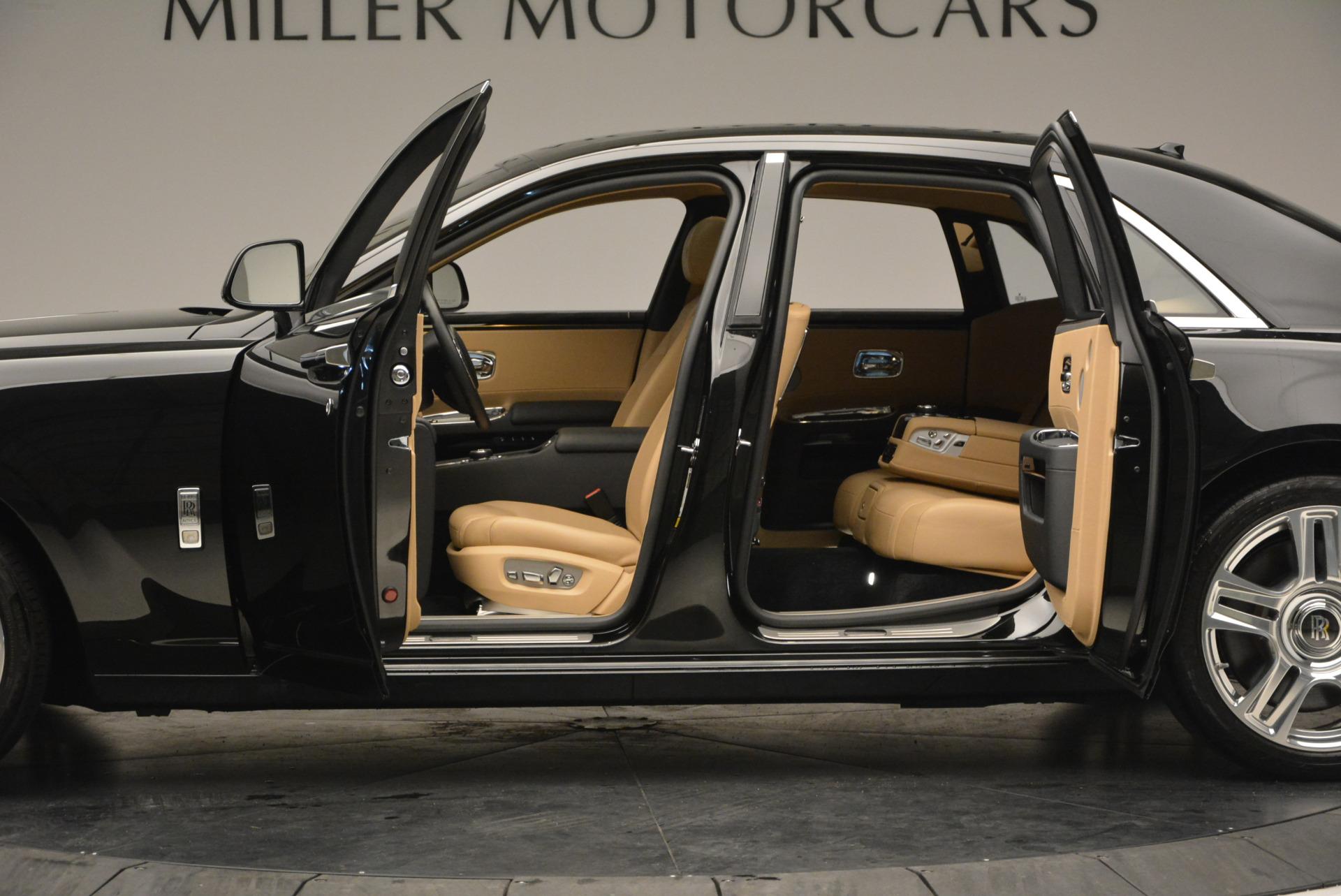 Used 2016 Rolls-Royce Ghost  For Sale In Westport, CT 898_p16