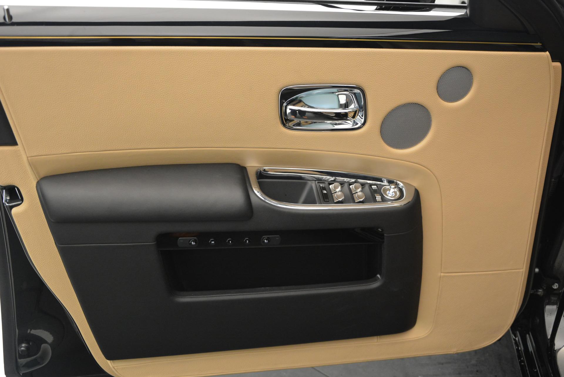 Used 2016 Rolls-Royce Ghost  For Sale In Westport, CT 898_p17