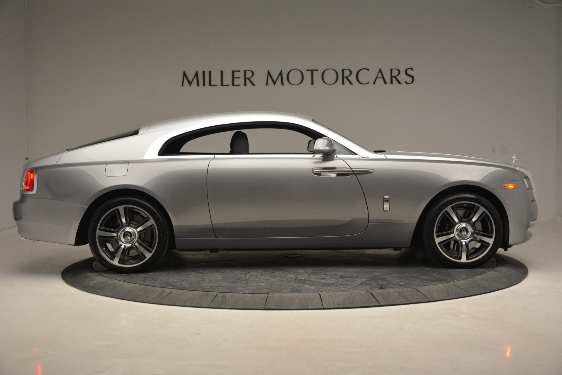 Used 2015 Rolls-Royce Wraith  For Sale In Westport, CT 906_p11