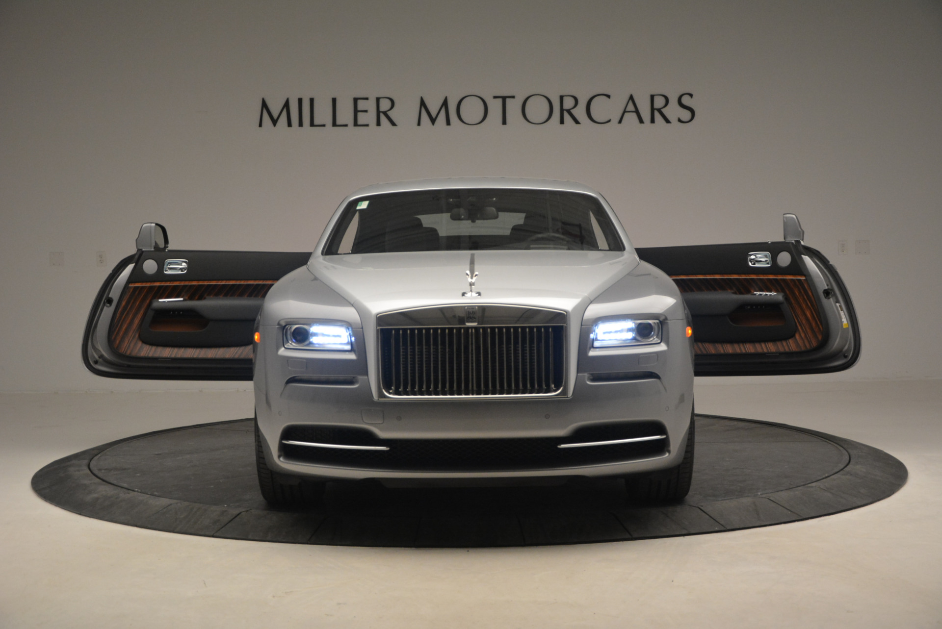 Used 2015 Rolls-Royce Wraith  For Sale In Westport, CT 906_p15
