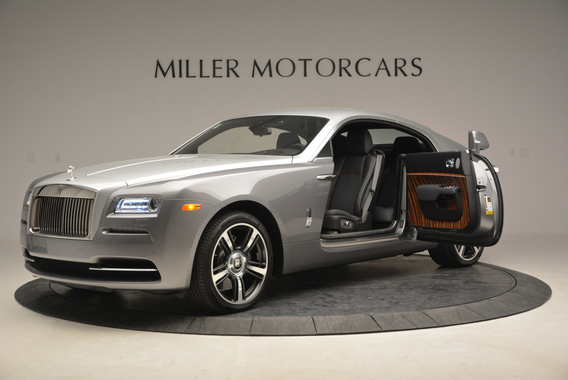 Used 2015 Rolls-Royce Wraith  For Sale In Westport, CT 906_p16