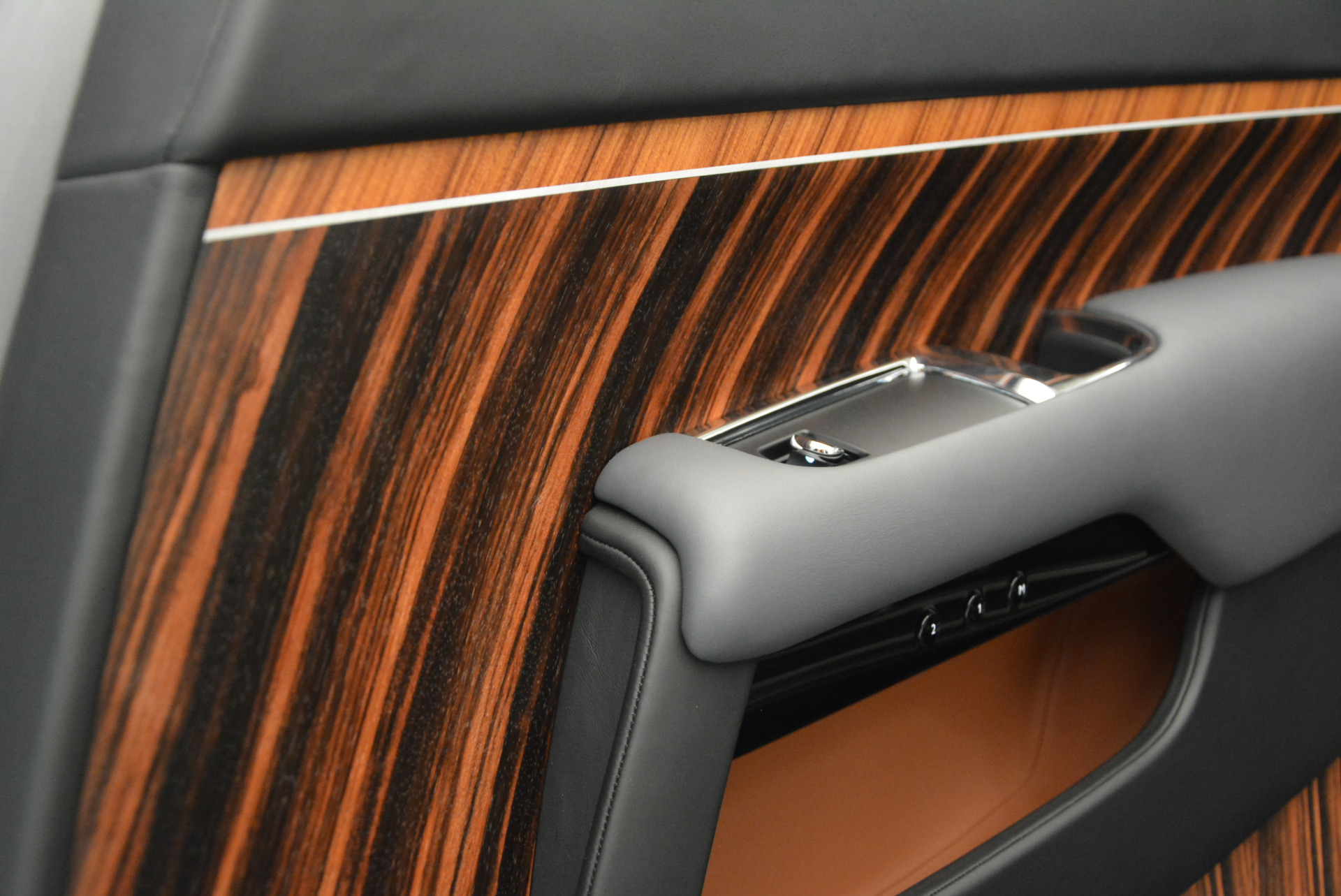 Used 2015 Rolls-Royce Wraith  For Sale In Westport, CT 906_p29