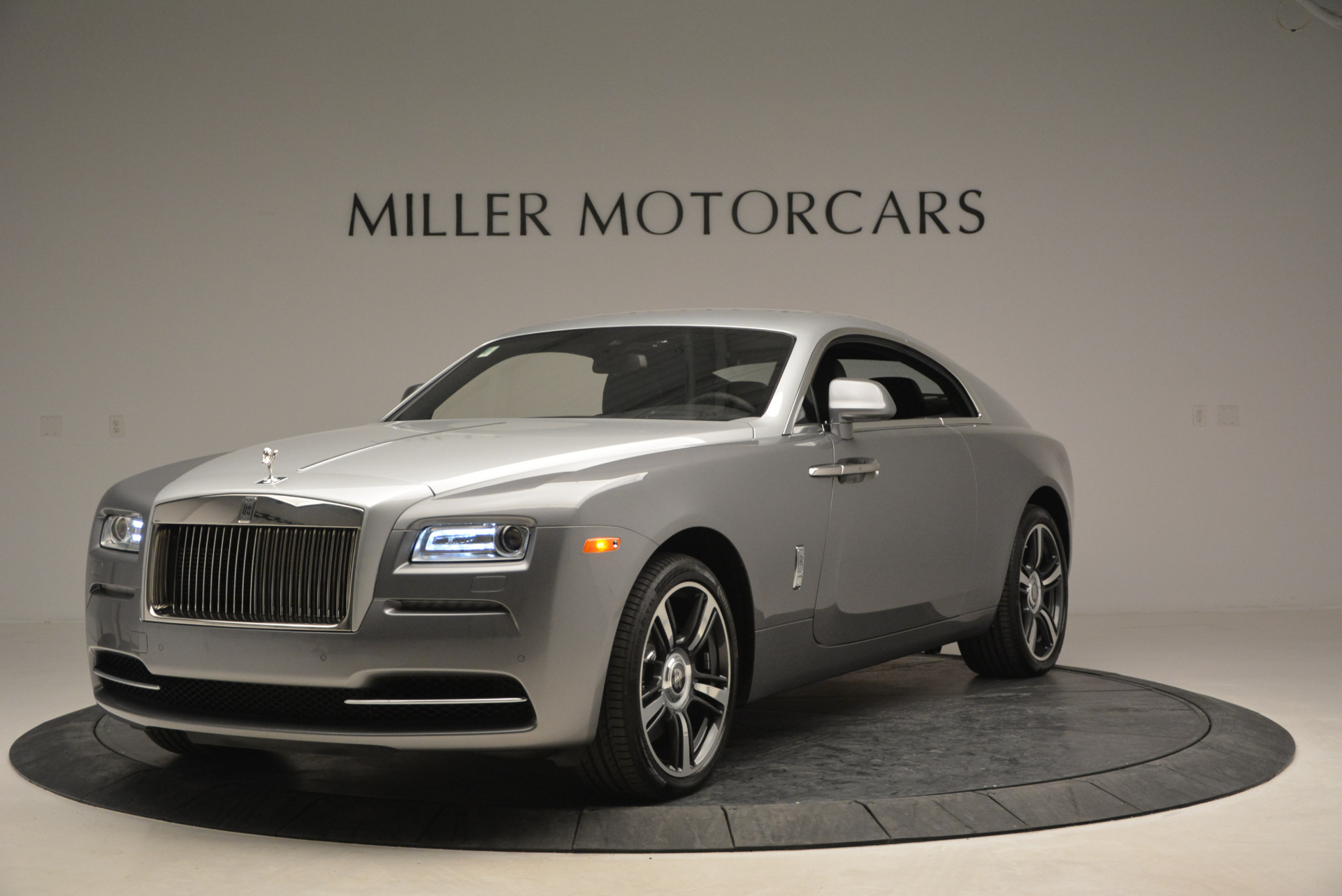 Used 2015 Rolls-Royce Wraith  For Sale In Westport, CT 906_p3