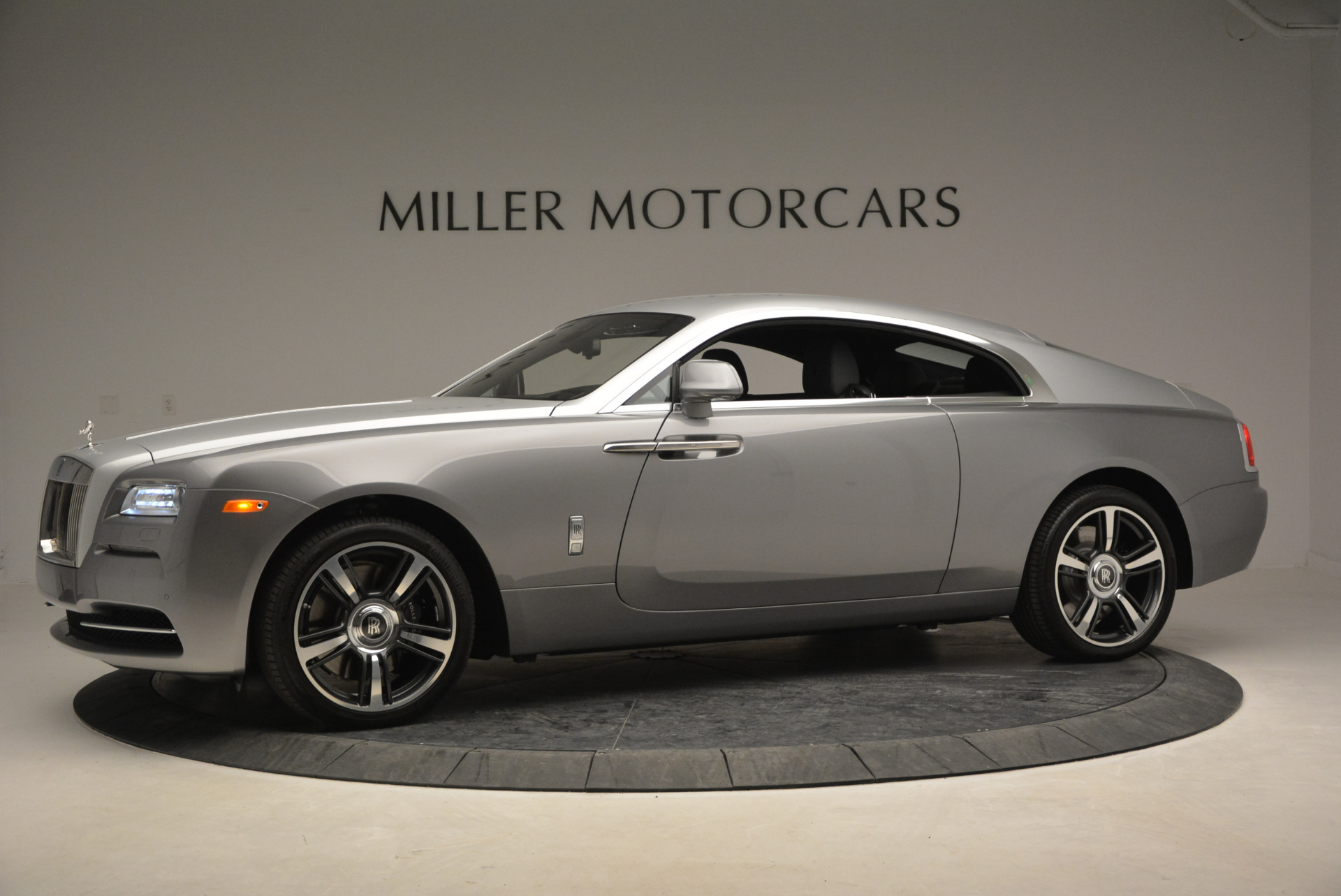 Used 2015 Rolls-Royce Wraith  For Sale In Westport, CT 906_p4