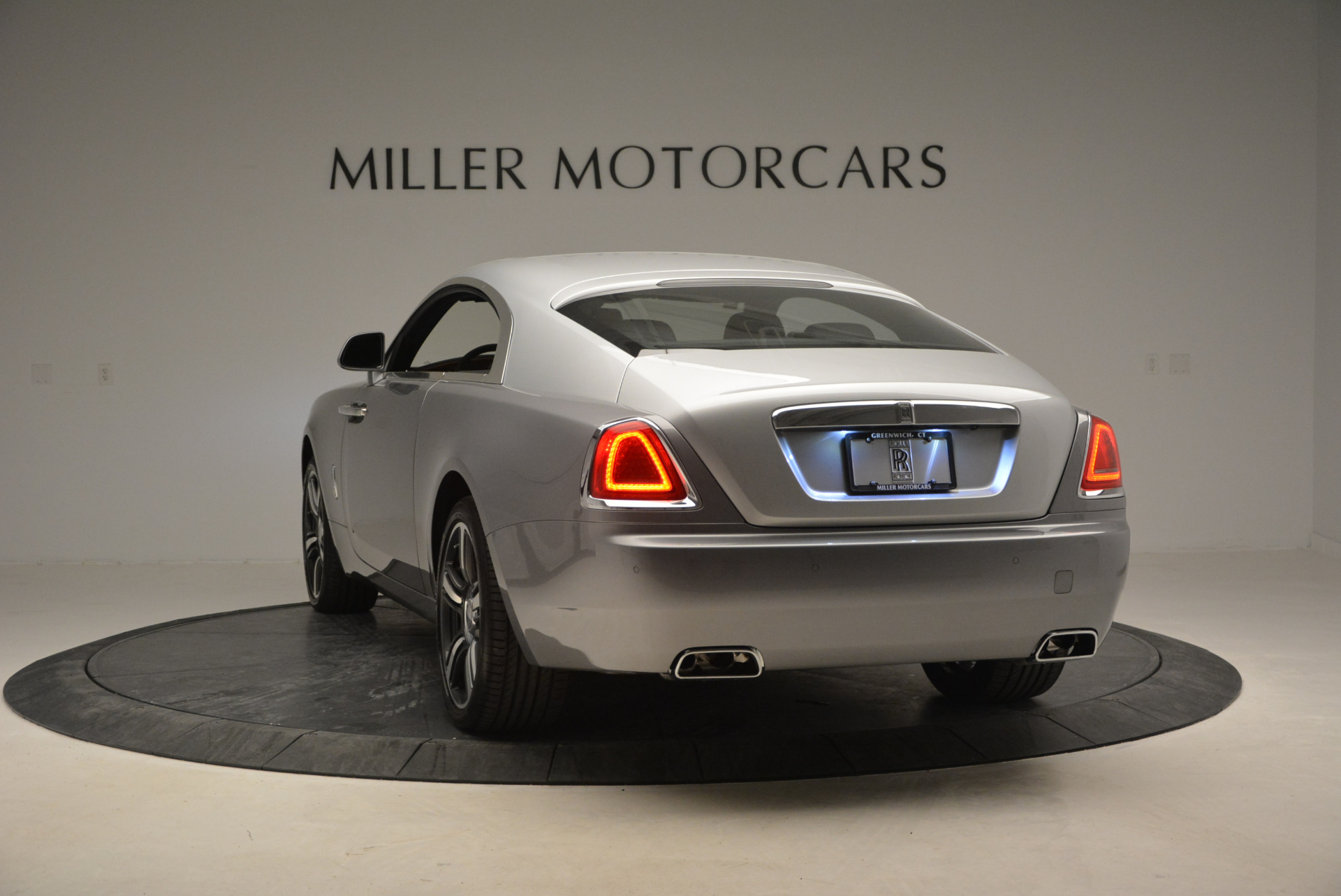Used 2015 Rolls-Royce Wraith  For Sale In Westport, CT 906_p7