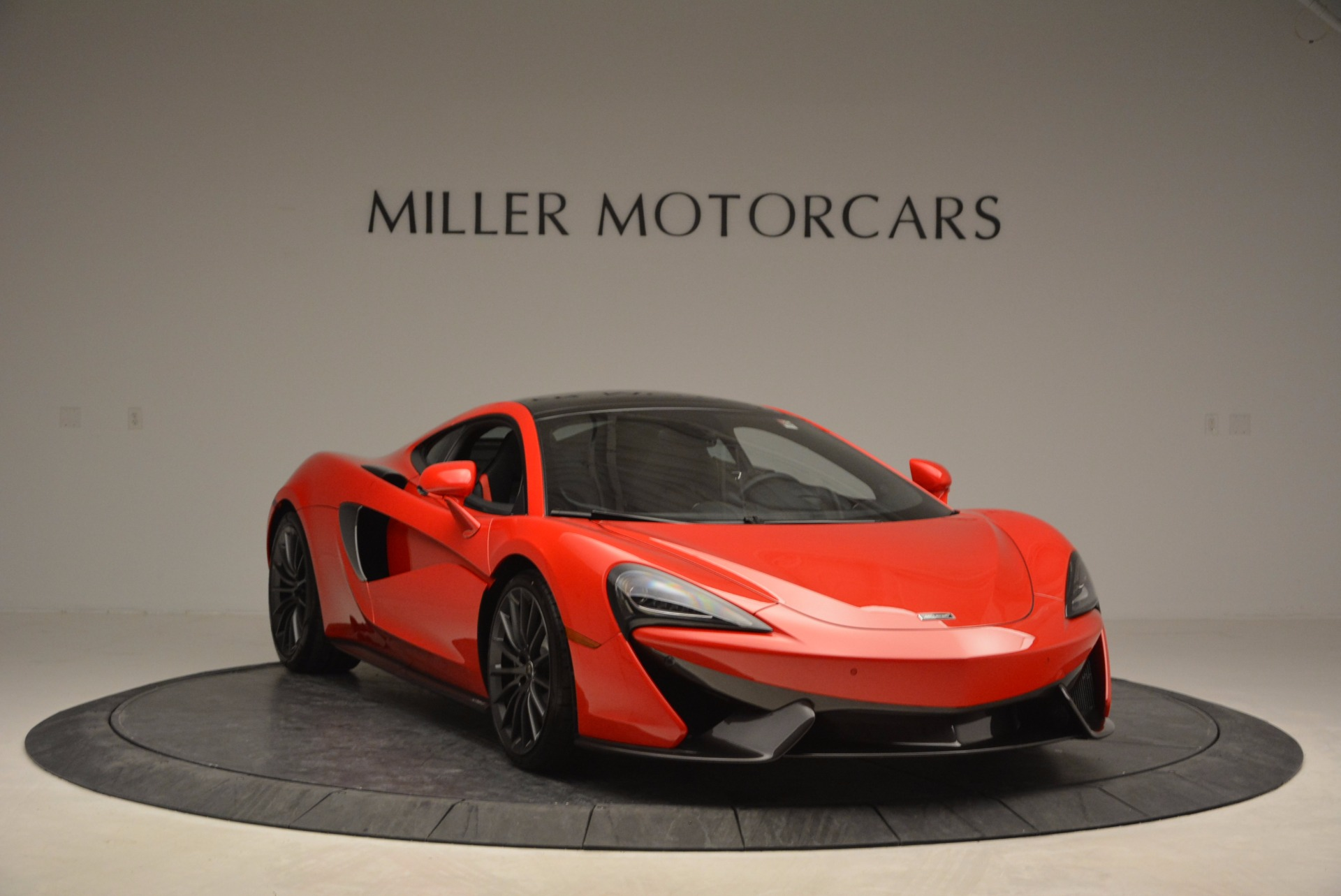 Used 2017 McLaren 570GT  For Sale In Westport, CT 907_p11