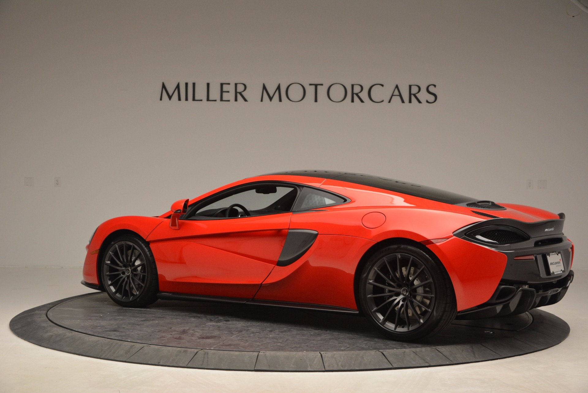 Used 2017 McLaren 570GT  For Sale In Westport, CT 907_p4