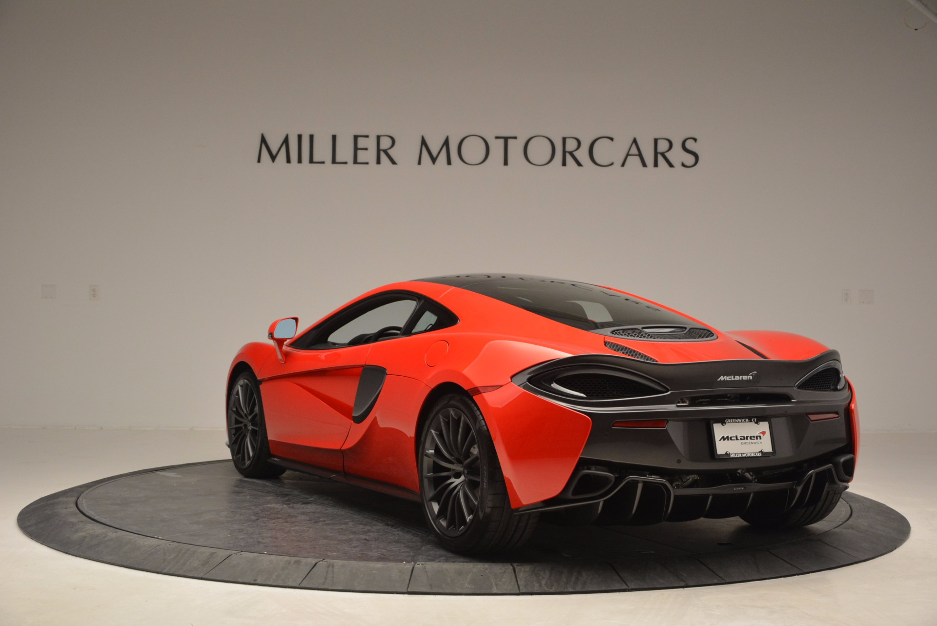 Used 2017 McLaren 570GT  For Sale In Westport, CT 907_p5