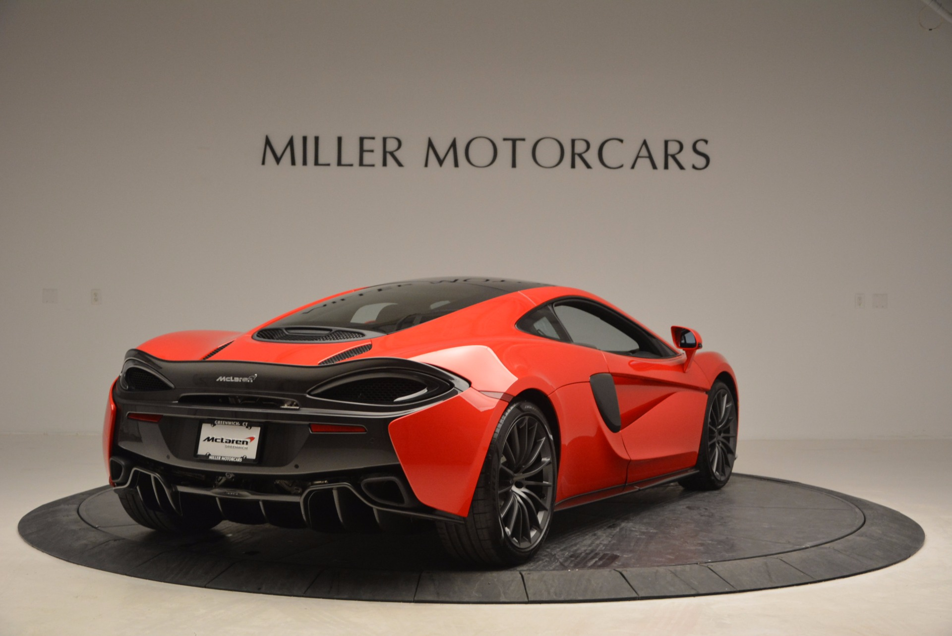 Used 2017 McLaren 570GT  For Sale In Westport, CT 907_p7