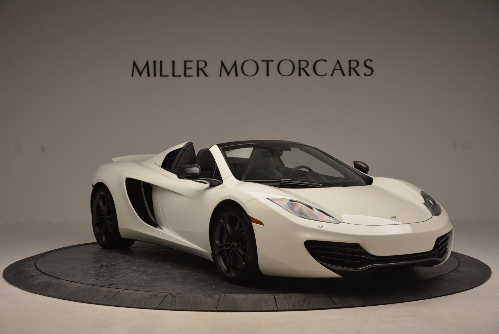 Used 2014 McLaren MP4-12C Spider For Sale In Westport, CT 908_p11