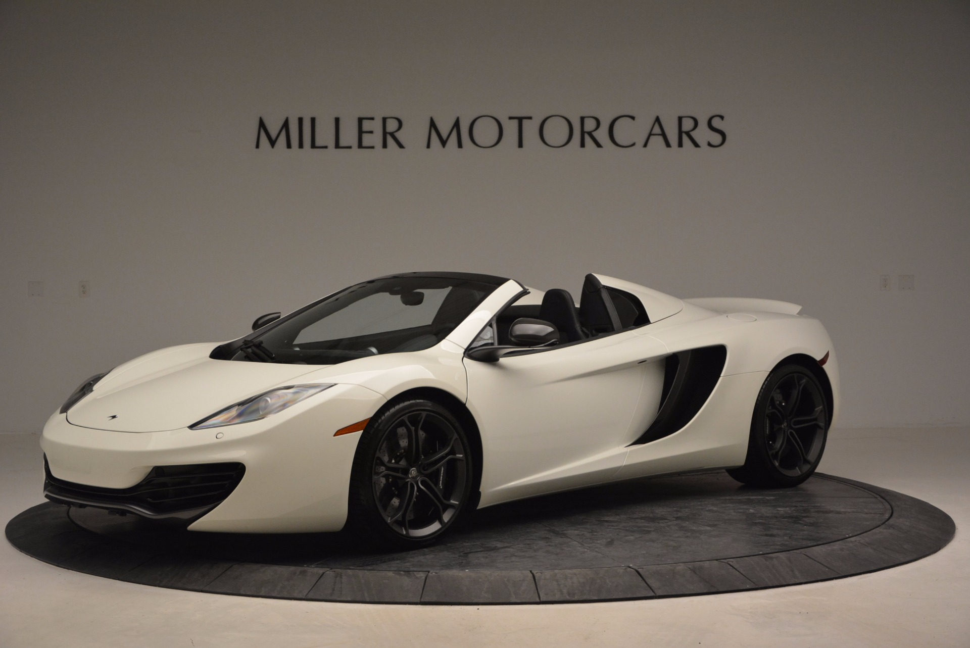 Used 2014 McLaren MP4-12C Spider For Sale In Westport, CT 908_p2