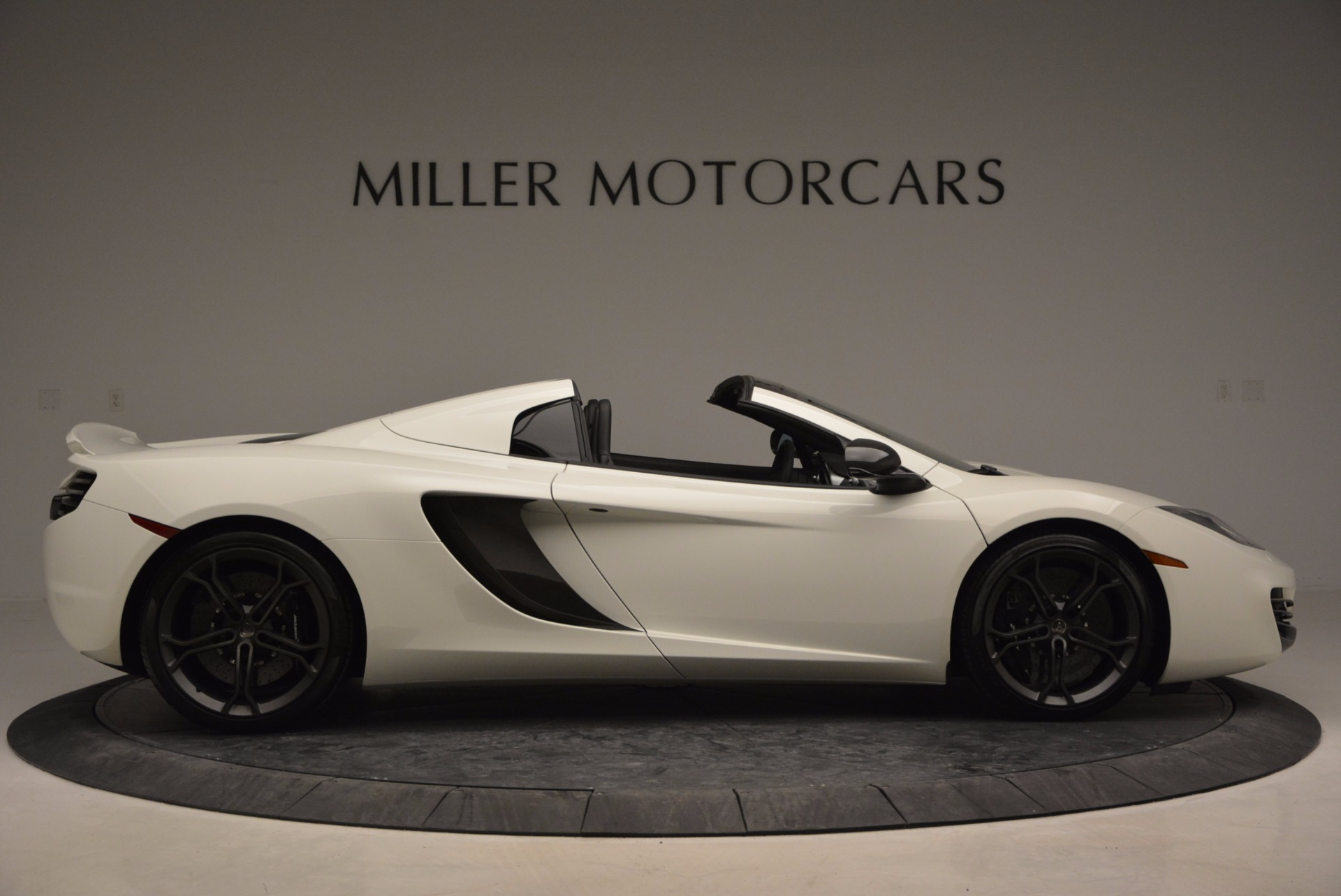 Used 2014 McLaren MP4-12C Spider For Sale In Westport, CT 908_p9