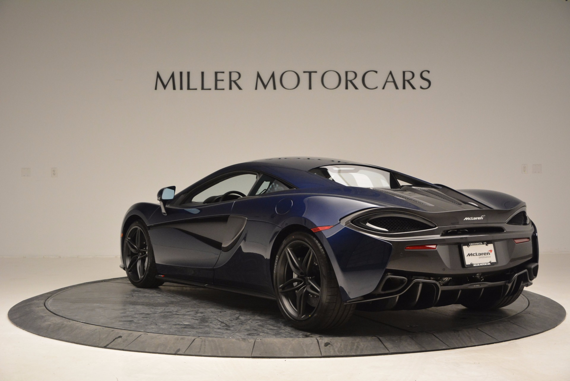 Used 2017 McLaren 570S  For Sale In Westport, CT 909_p5