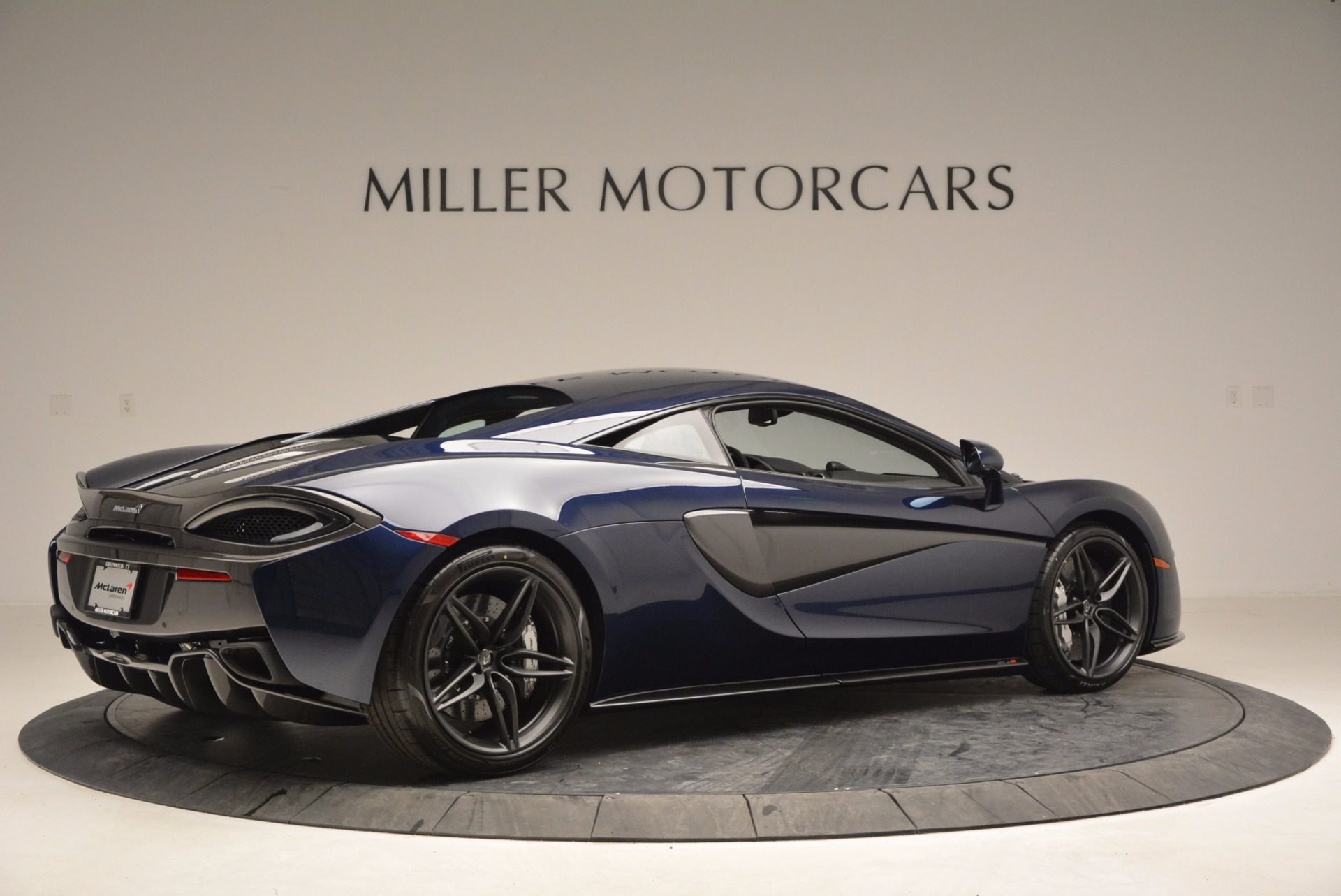 Used 2017 McLaren 570S  For Sale In Westport, CT 909_p8