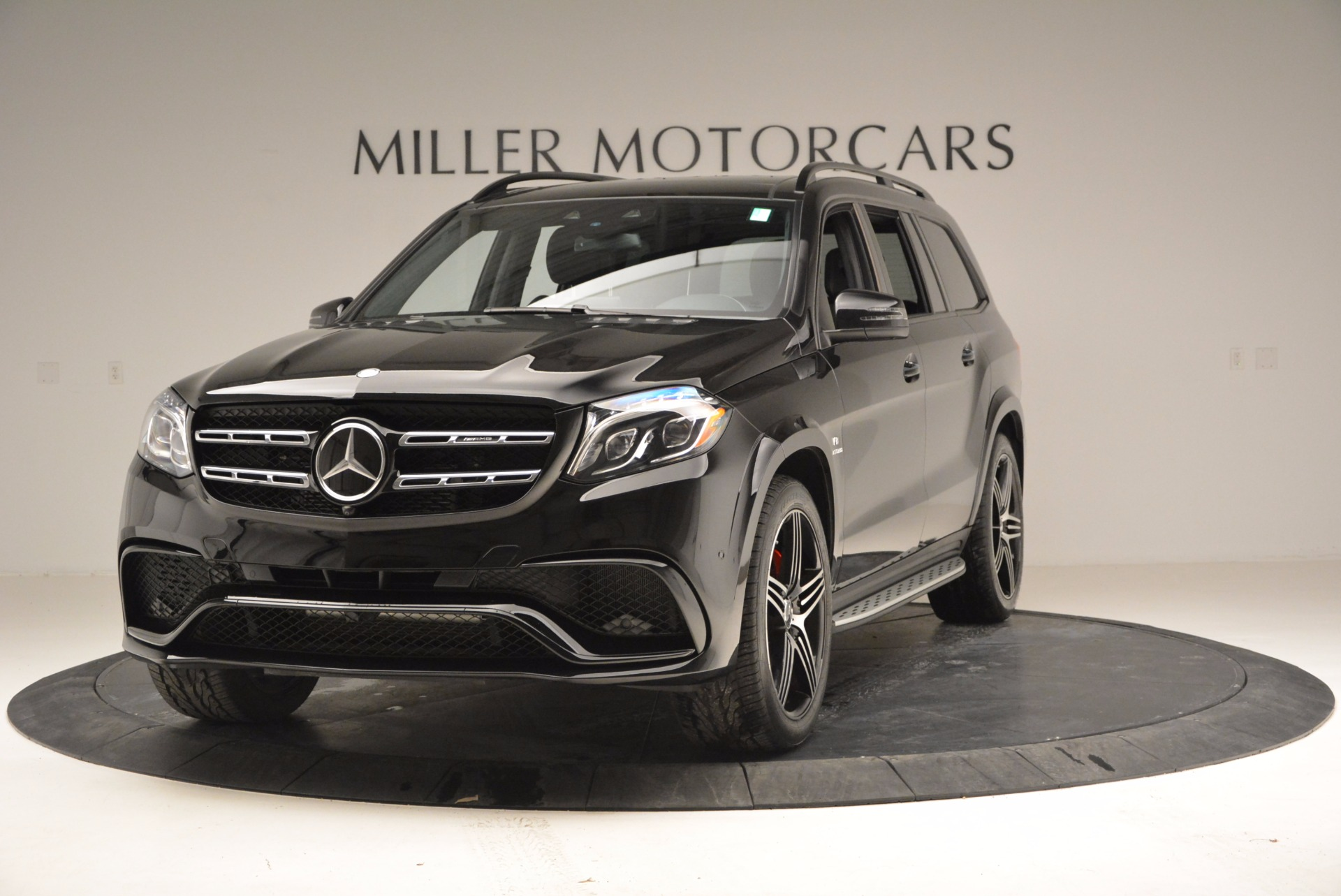Used 2017 mercedes benz gls 63 amg westport ct for Mercedes benz nearby