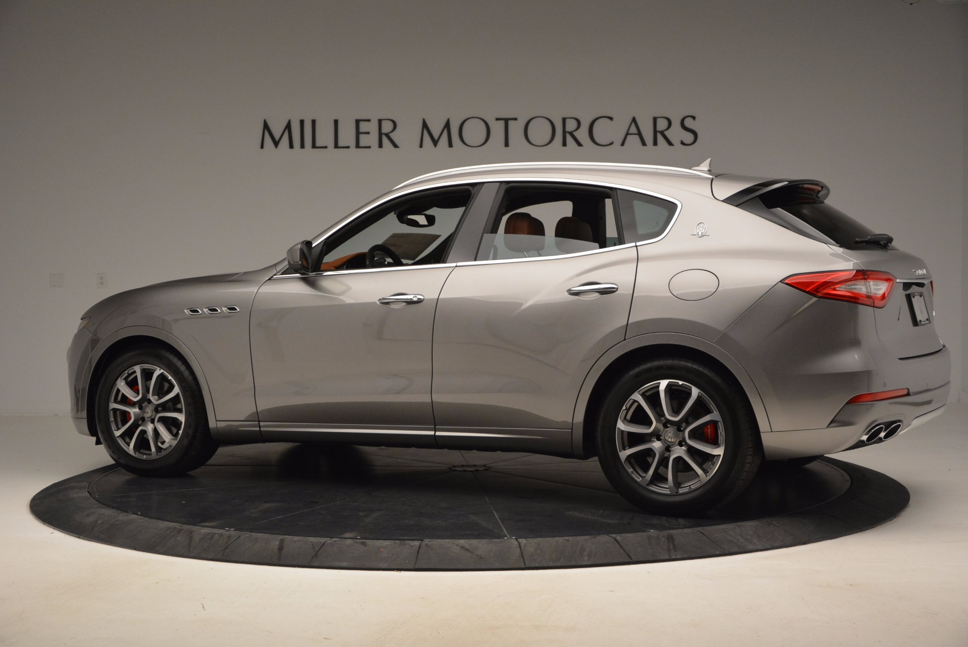 New 2017 Maserati Levante  For Sale In Westport, CT 924_p4