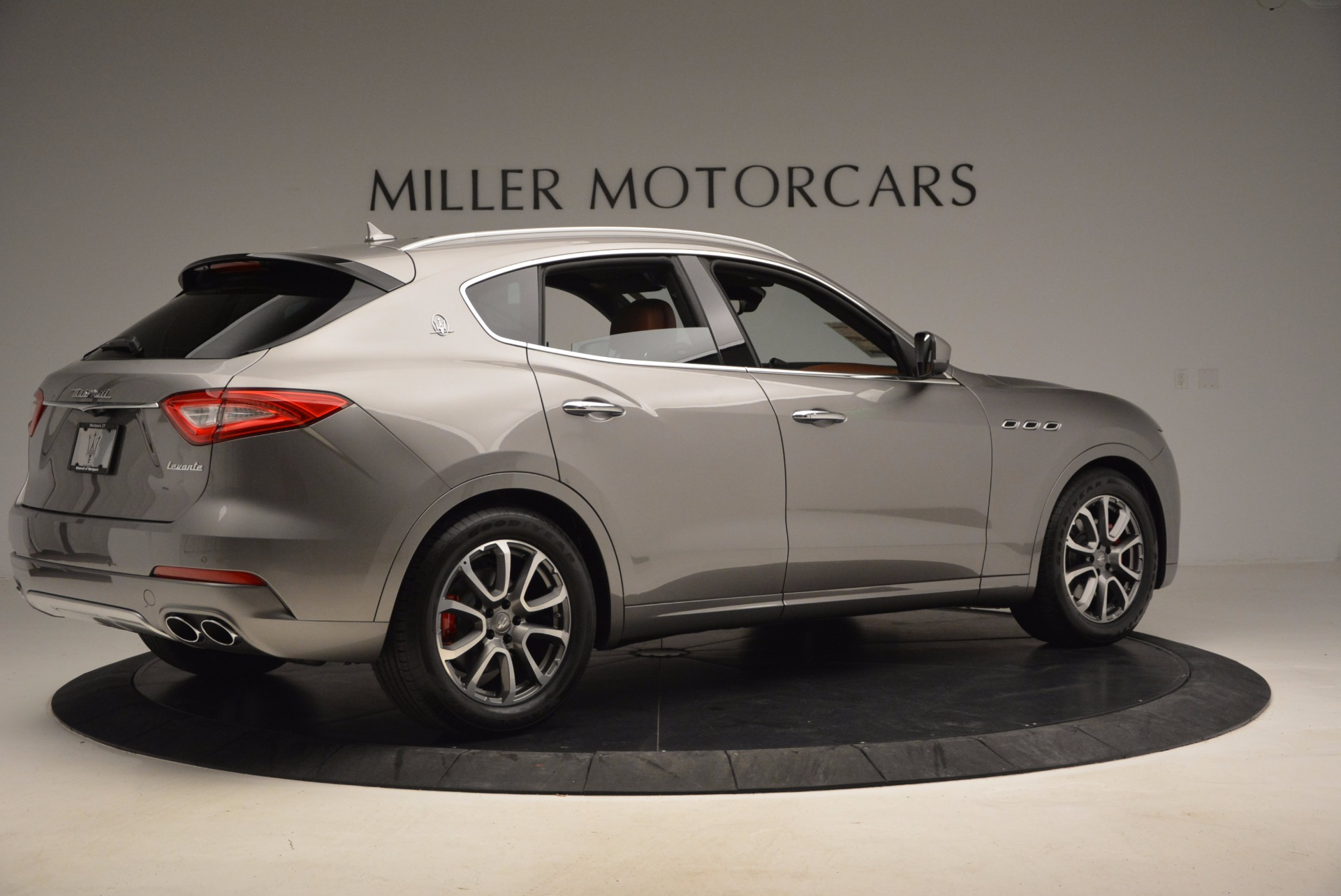 New 2017 Maserati Levante  For Sale In Westport, CT 924_p8
