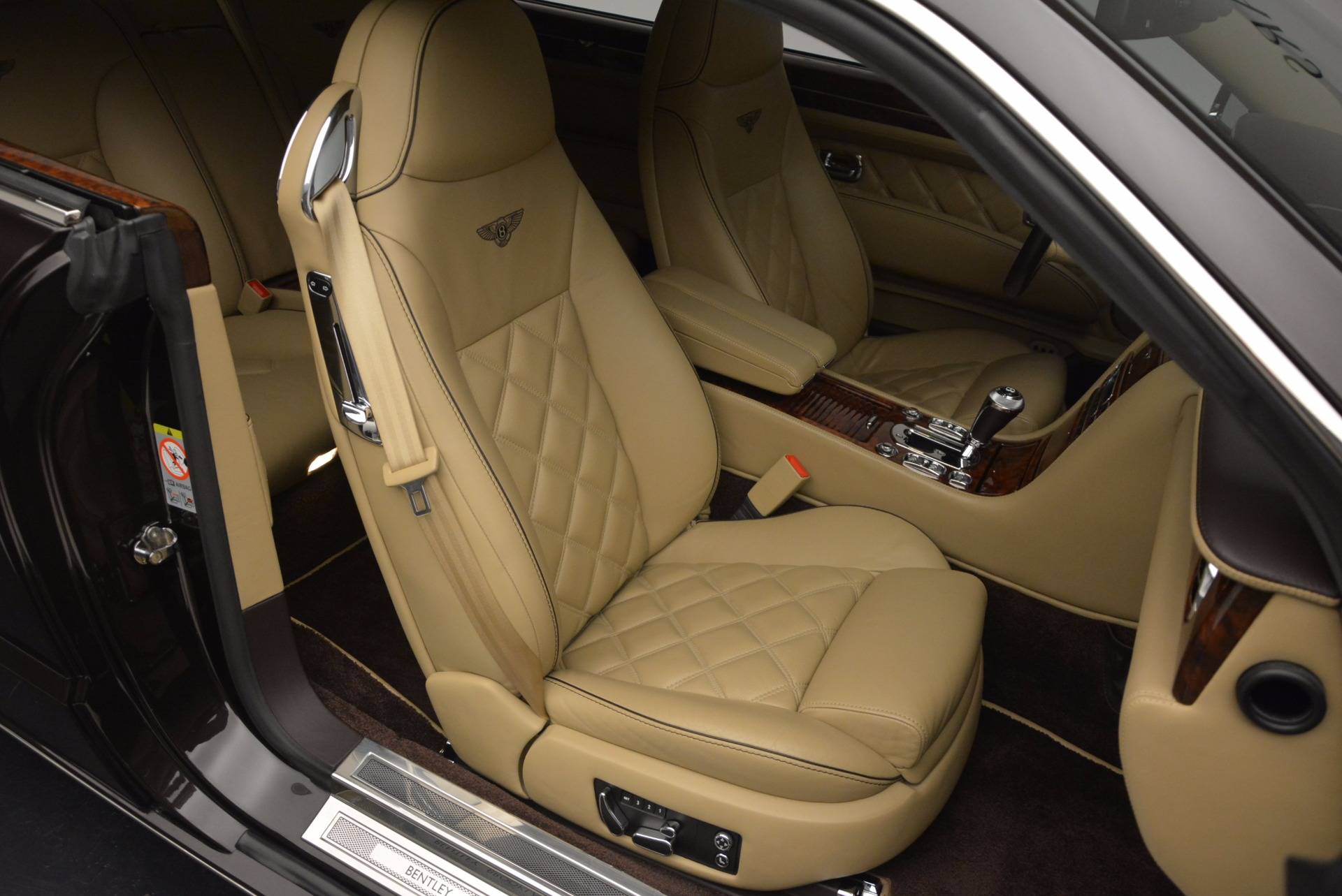 Used 2009 Bentley Brooklands  For Sale In Westport, CT 925_p32