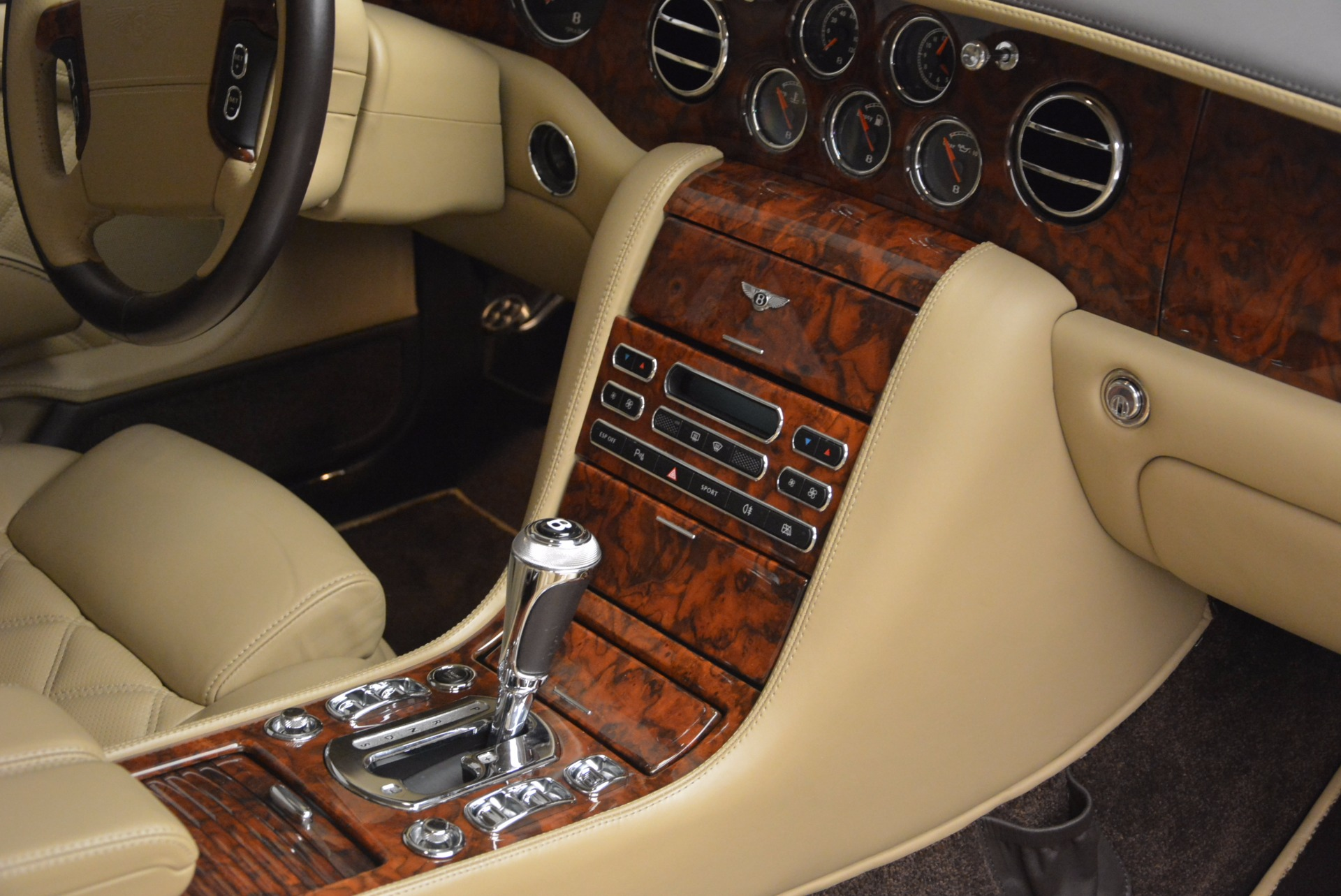 Used 2009 Bentley Brooklands  For Sale In Westport, CT 925_p35