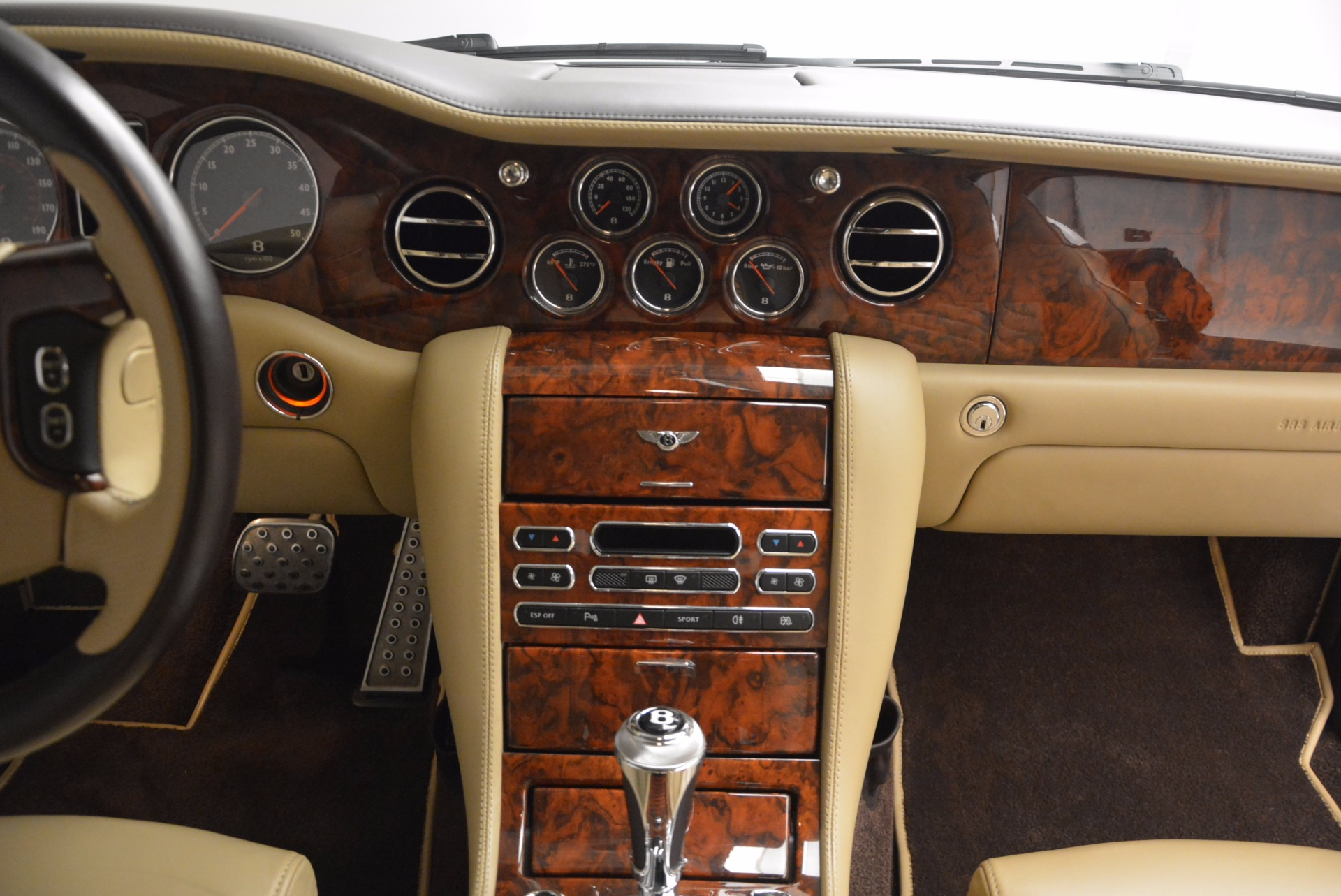Used 2009 Bentley Brooklands  For Sale In Westport, CT 925_p39