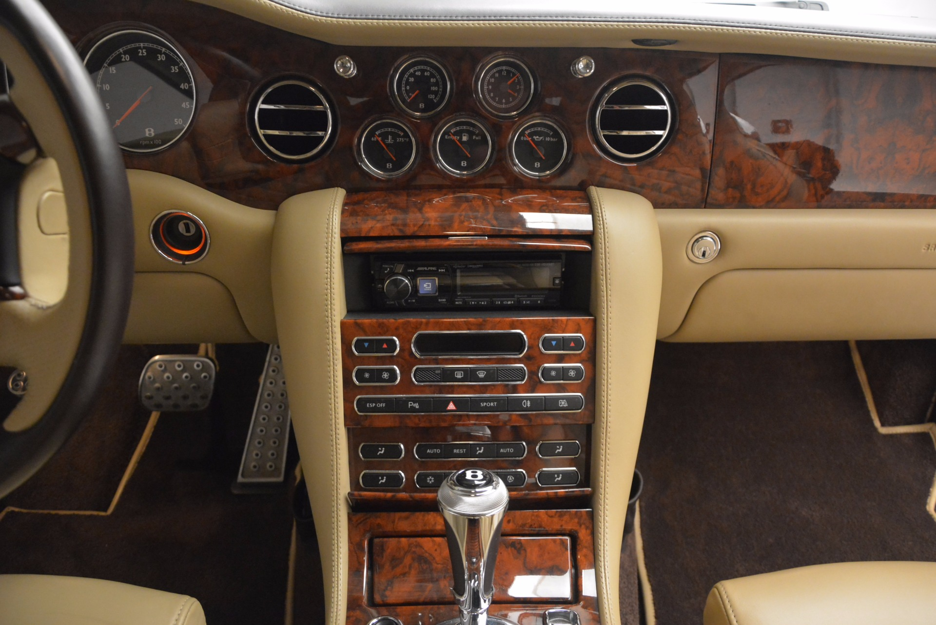 Used 2009 Bentley Brooklands  For Sale In Westport, CT 925_p40