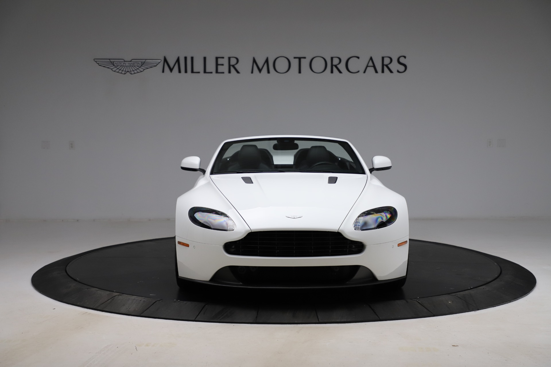 New 2015 Aston Martin Vantage GT GT Roadster For Sale In Westport, CT 93_p11