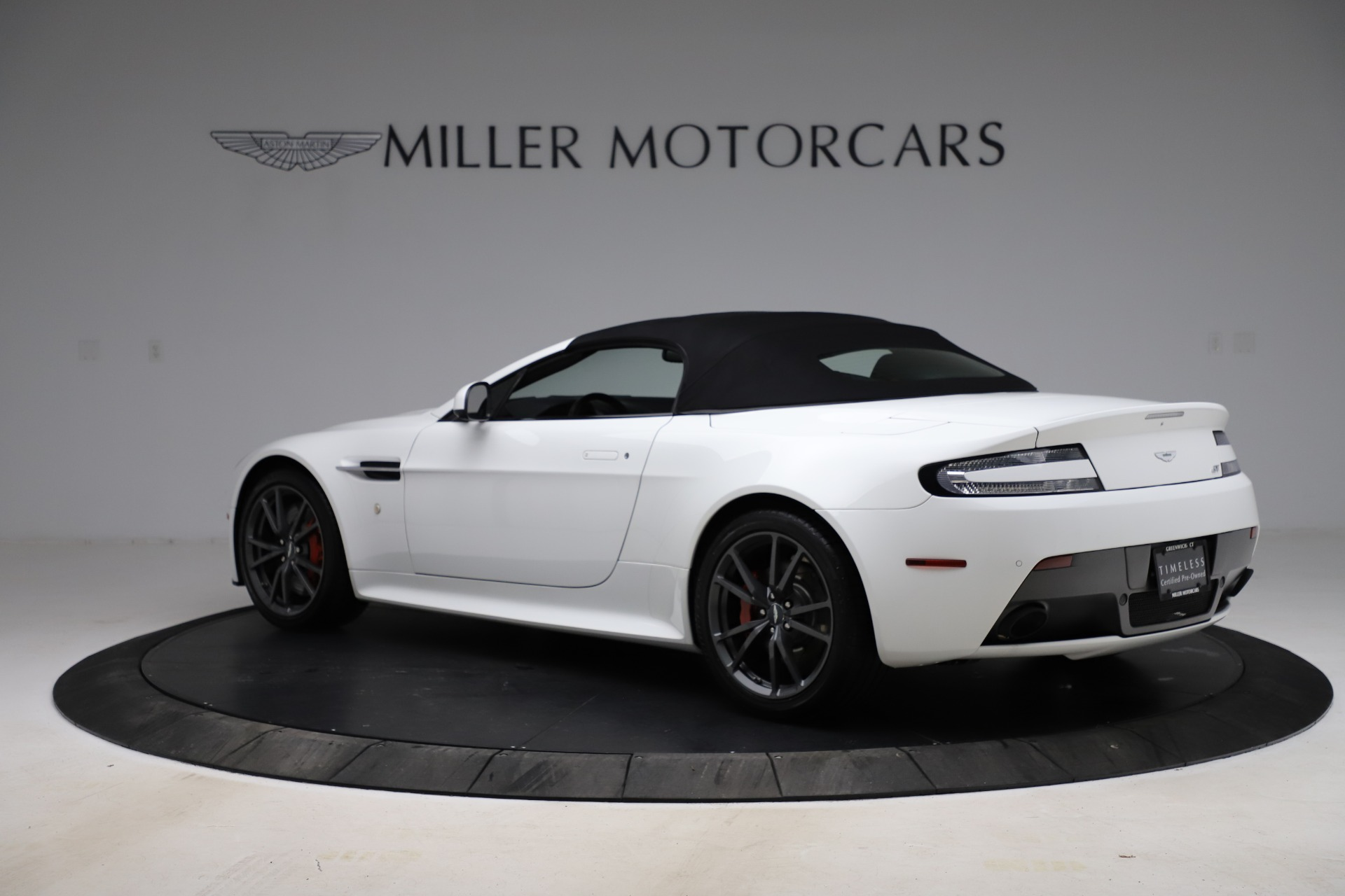 New 2015 Aston Martin Vantage GT GT Roadster For Sale In Westport, CT 93_p27