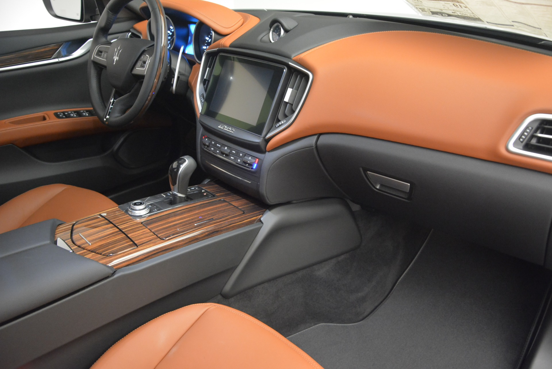 New 2017 Maserati Ghibli S Q4 For Sale In Westport, CT 935_p19