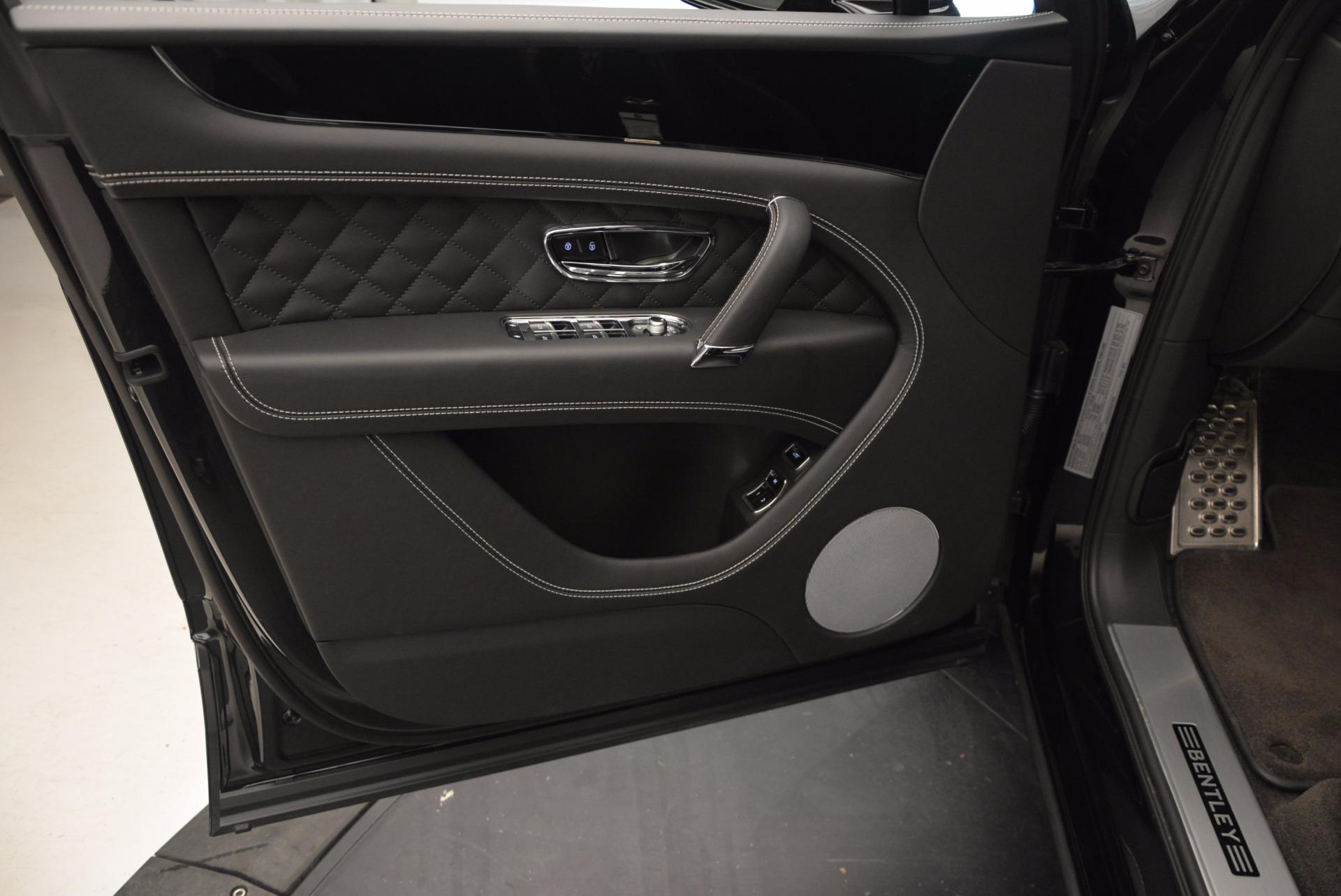 New 2017 Bentley Bentayga  For Sale In Westport, CT 941_p20