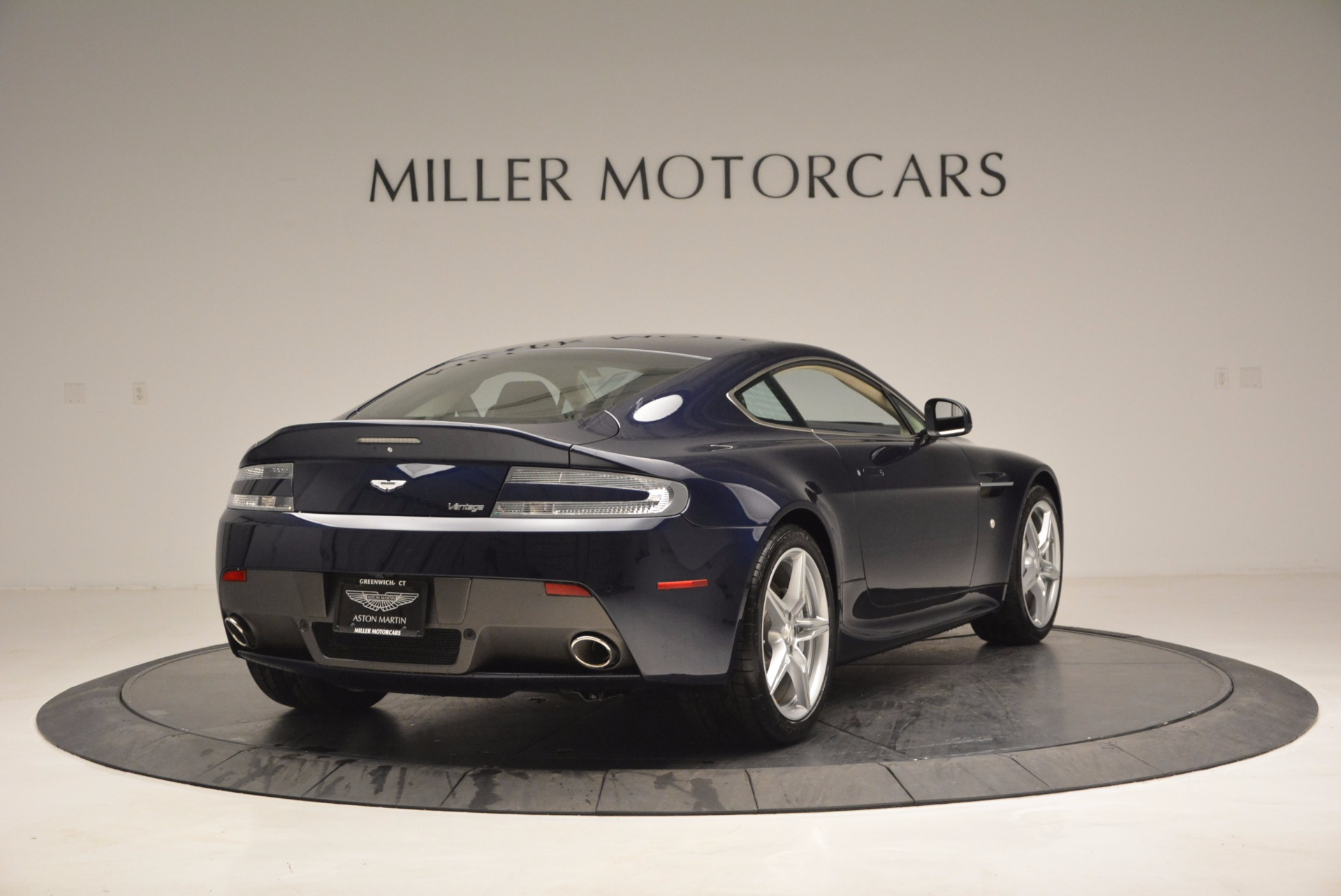 Used 2016 Aston Martin V8 Vantage  For Sale In Westport, CT 942_p7