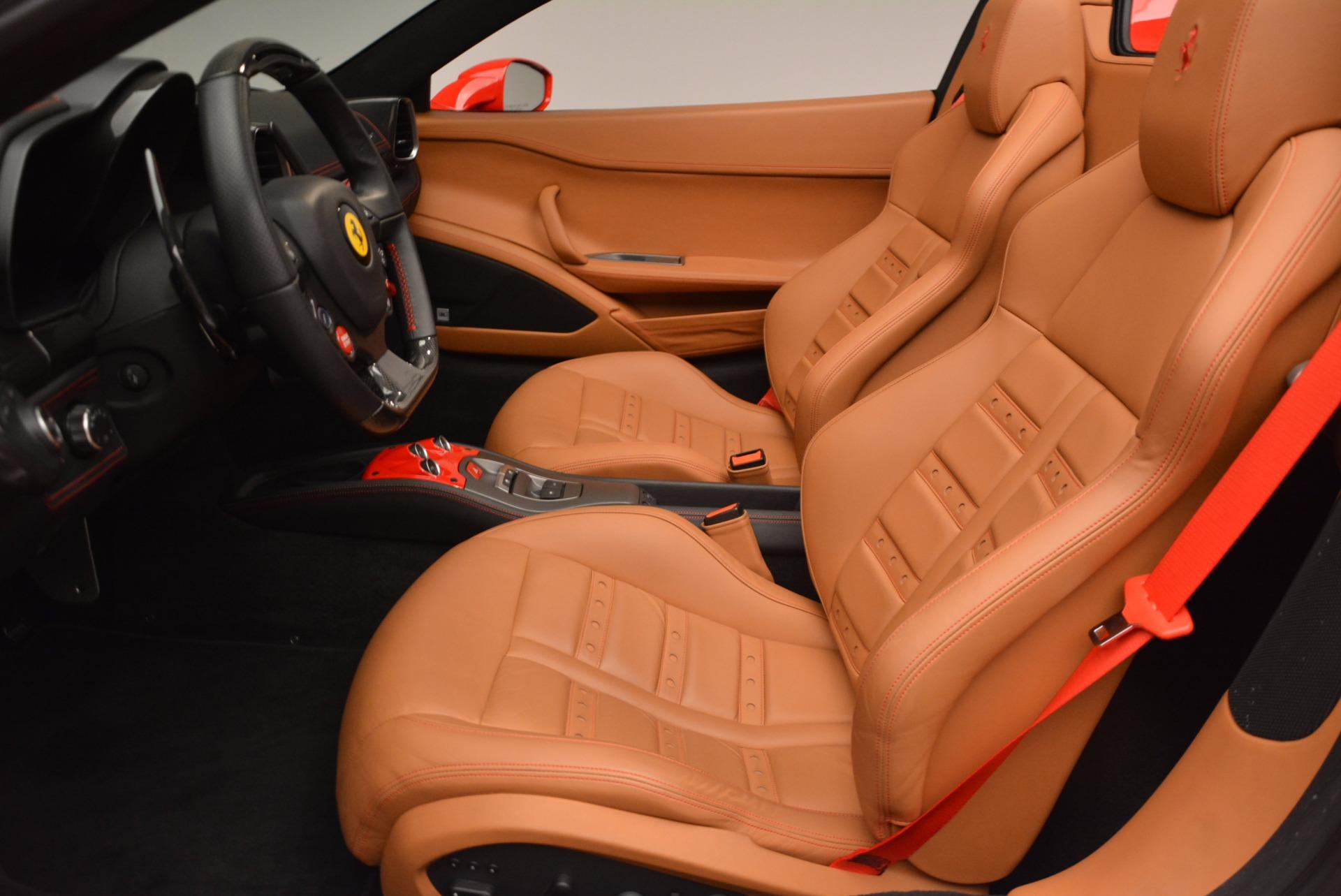 Used 2014 Ferrari 458 Spider  For Sale In Westport, CT 952_p26