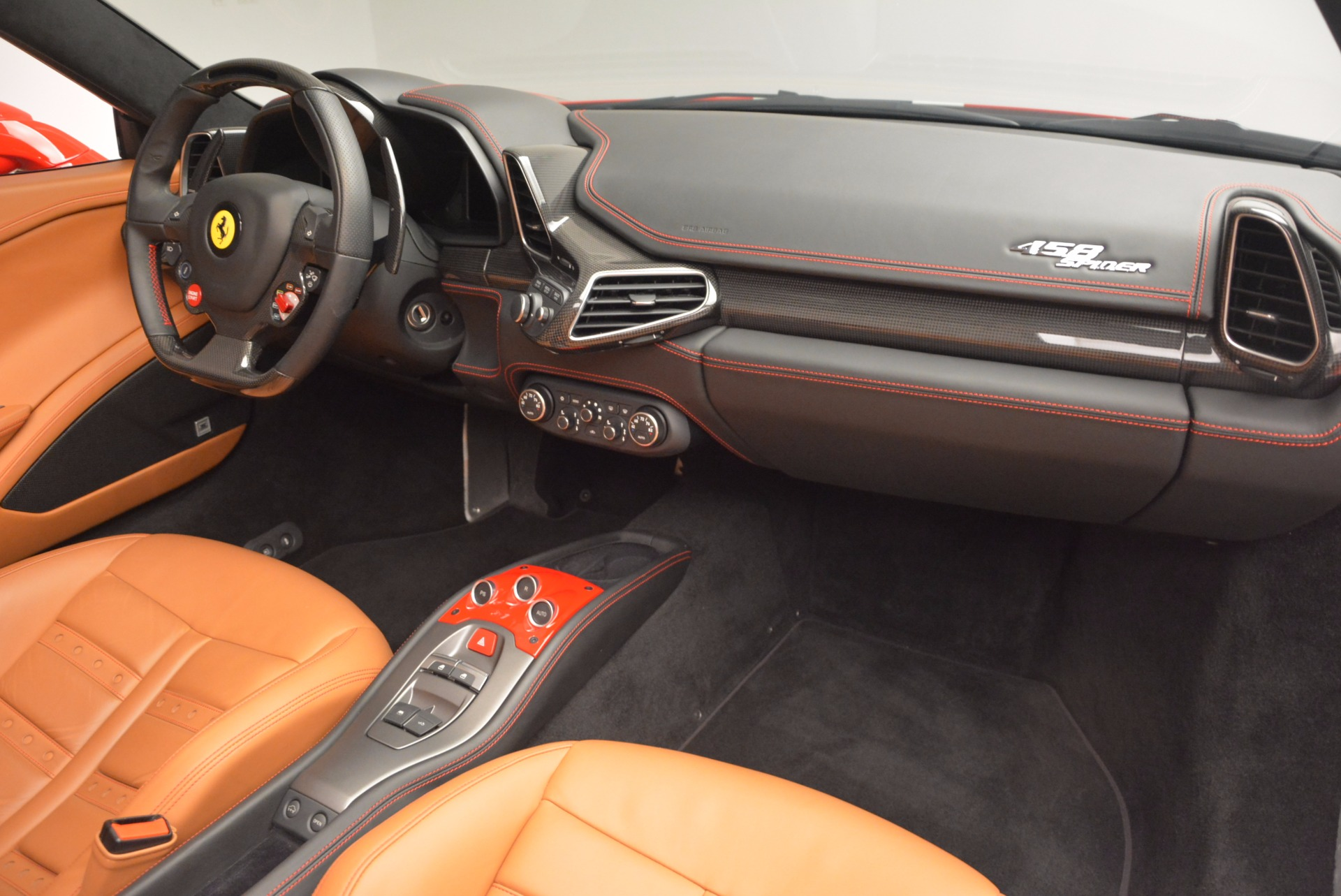 Used 2014 Ferrari 458 Spider  For Sale In Westport, CT 952_p29