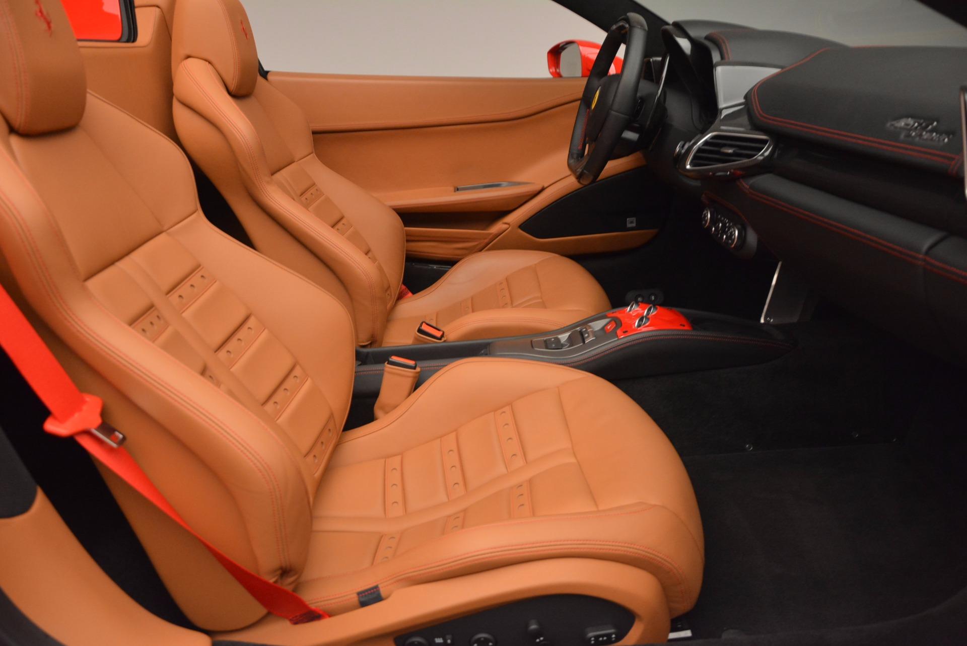 Used 2014 Ferrari 458 Spider  For Sale In Westport, CT 952_p30