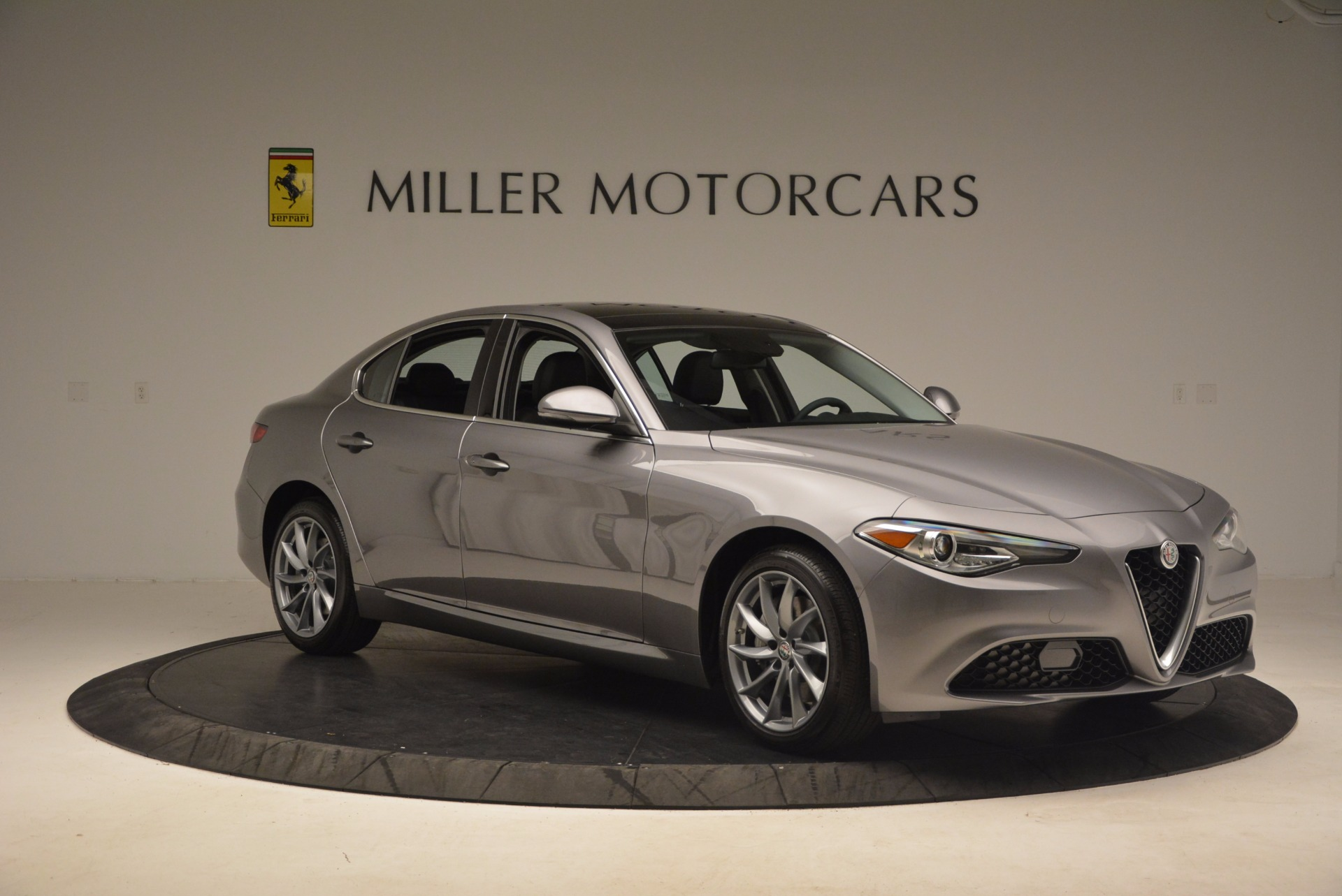 New 2017 Alfa Romeo Giulia Q4 For Sale In Westport, CT 982_p11
