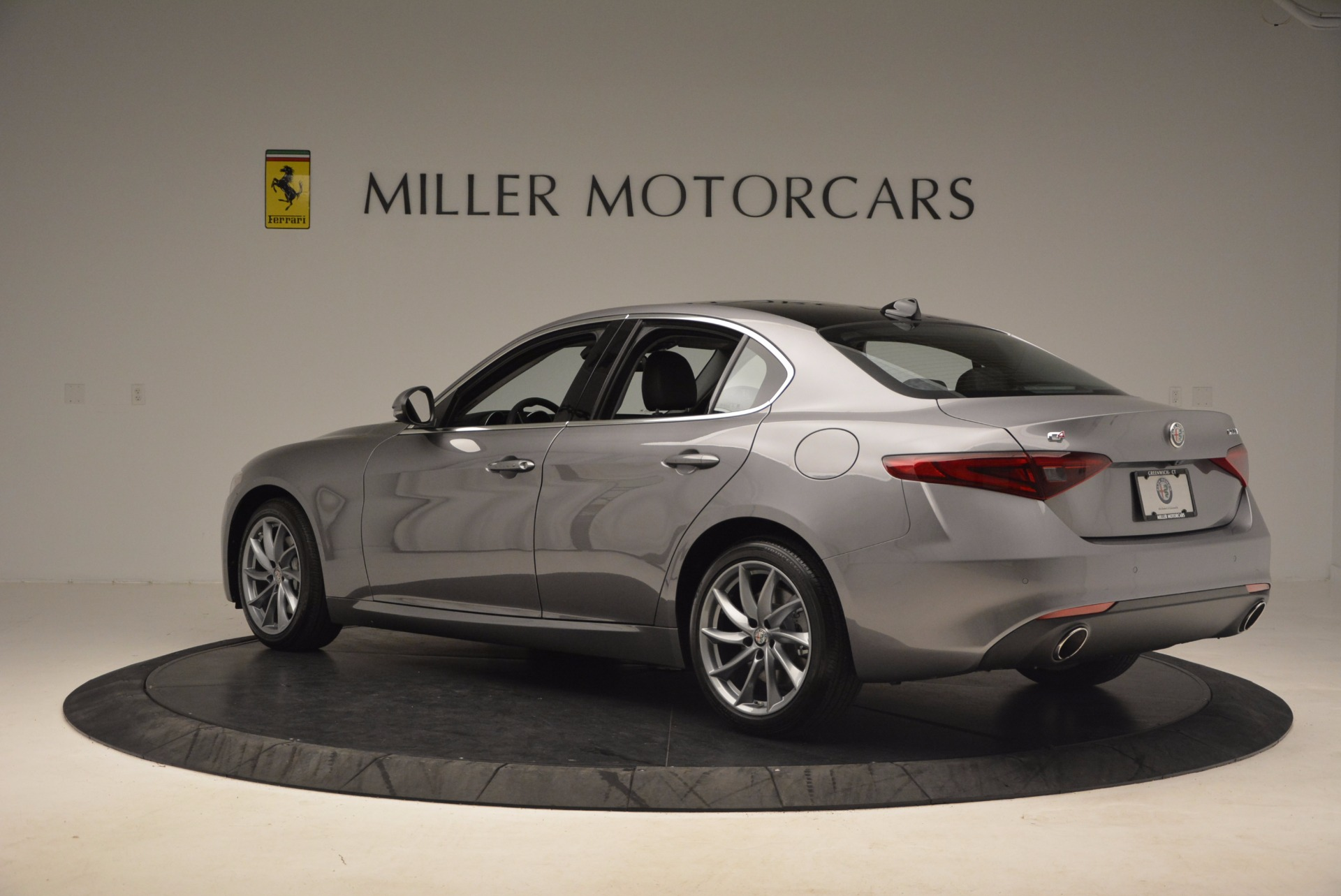 New 2017 Alfa Romeo Giulia Q4 For Sale In Westport, CT 982_p5