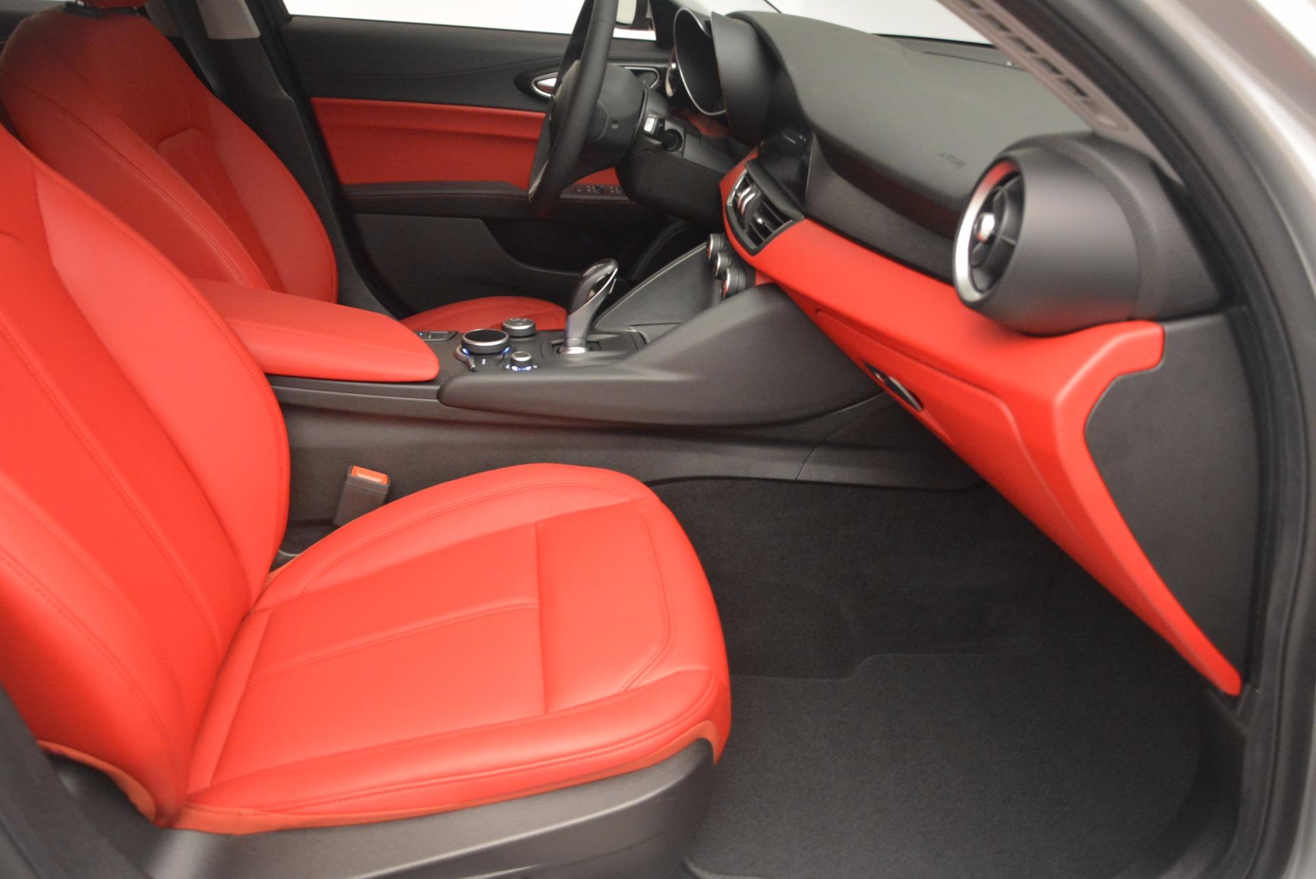 New 2017 Alfa Romeo Giulia Q4 For Sale In Westport, CT 988_p23