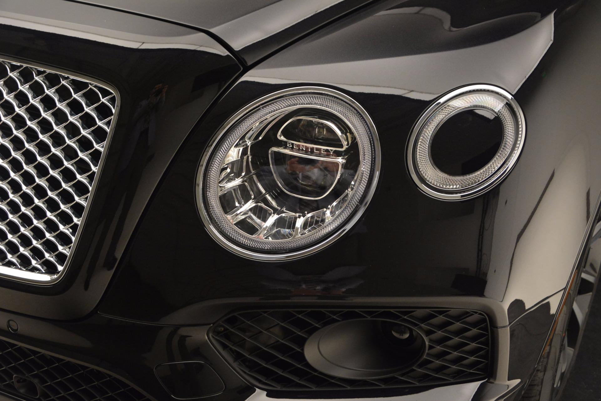 Used 2017 Bentley Bentayga  For Sale In Westport, CT 989_p14