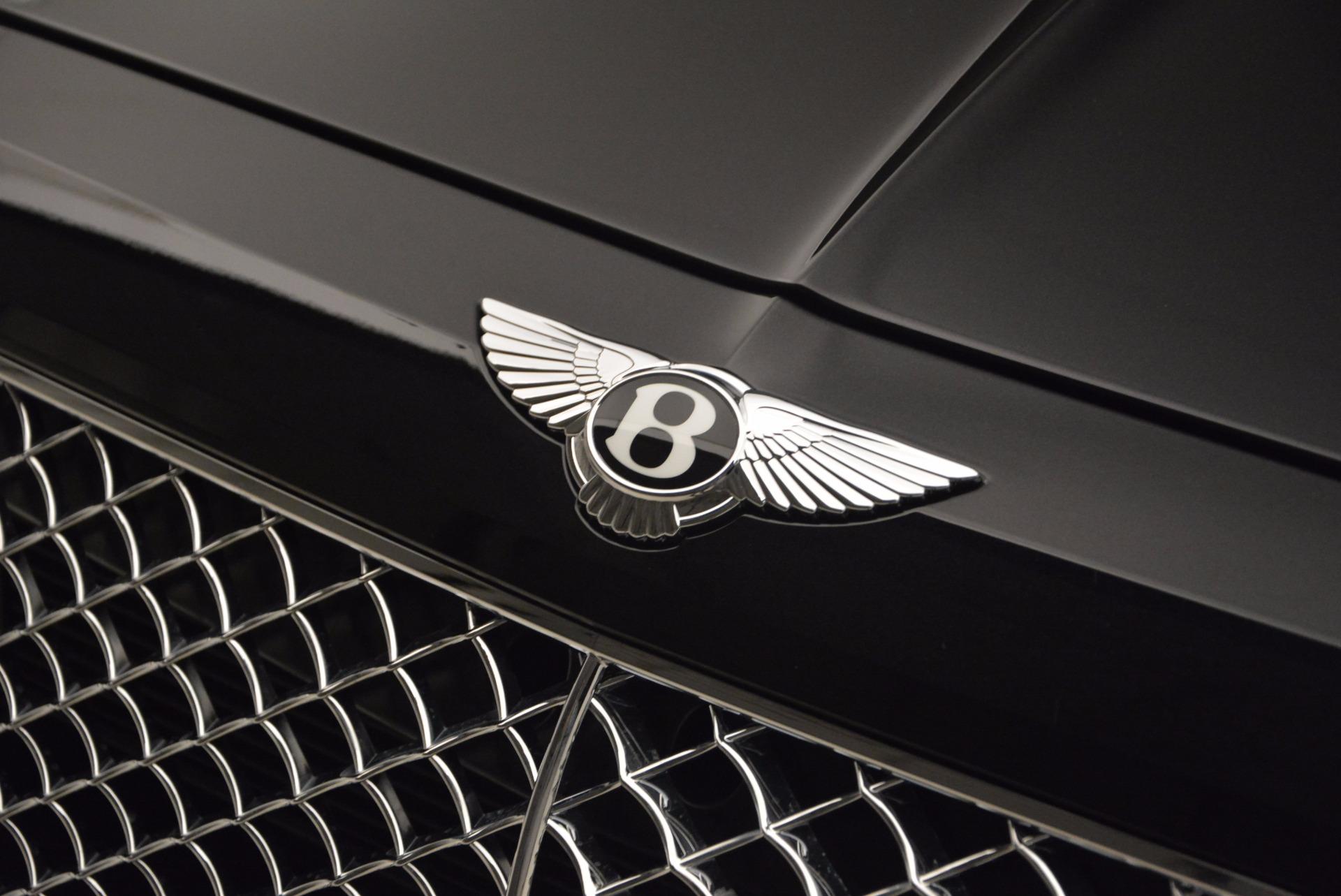 Used 2017 Bentley Bentayga  For Sale In Westport, CT 989_p16